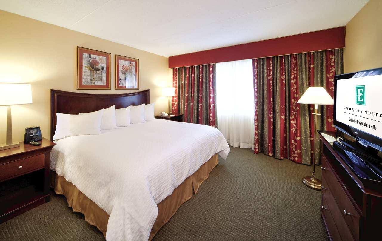 Embassy Suites by Hilton Detroit Troy Auburn Hills image 23