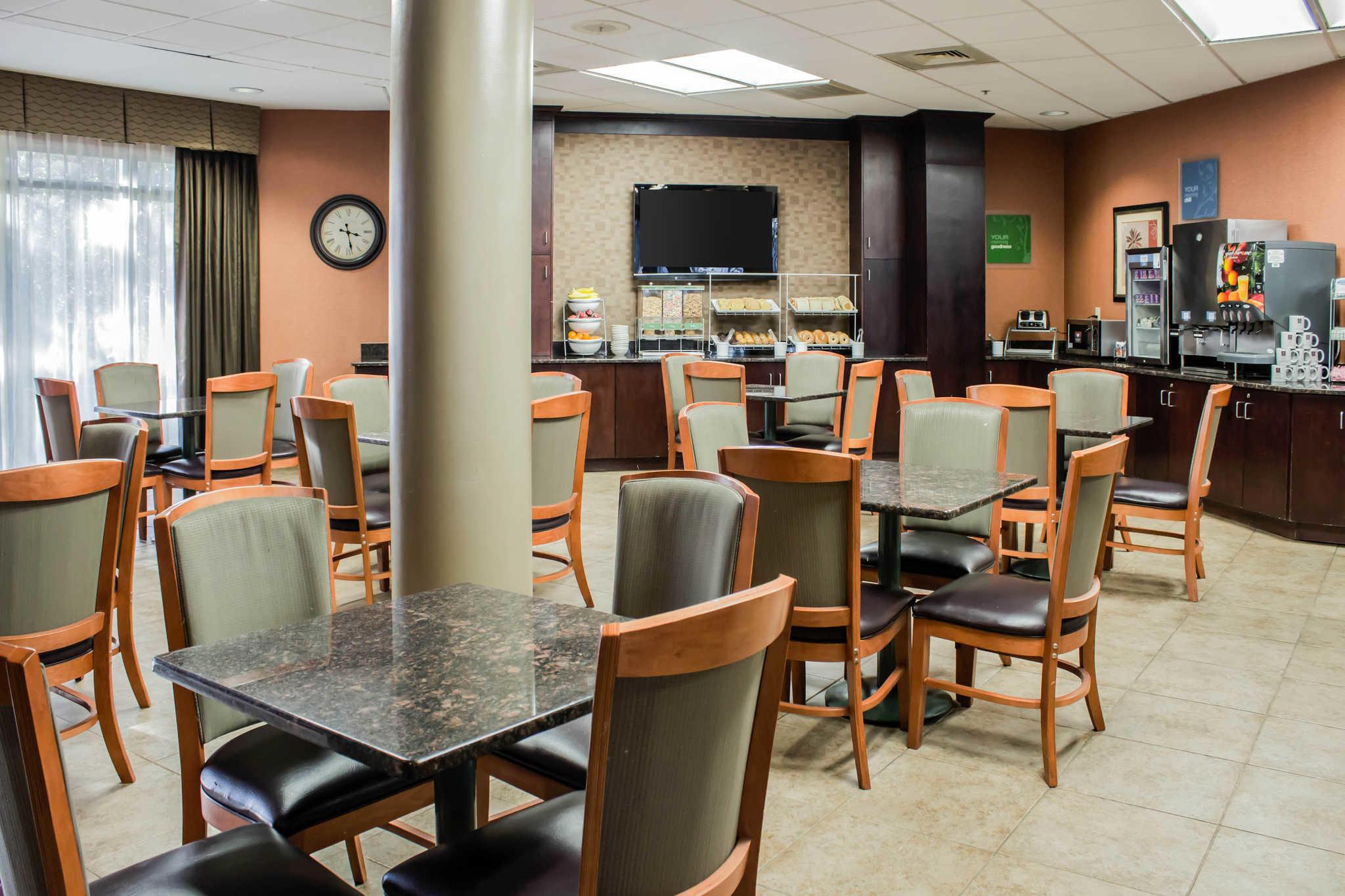Comfort Suites Raleigh Durham Airport/RTP image 9