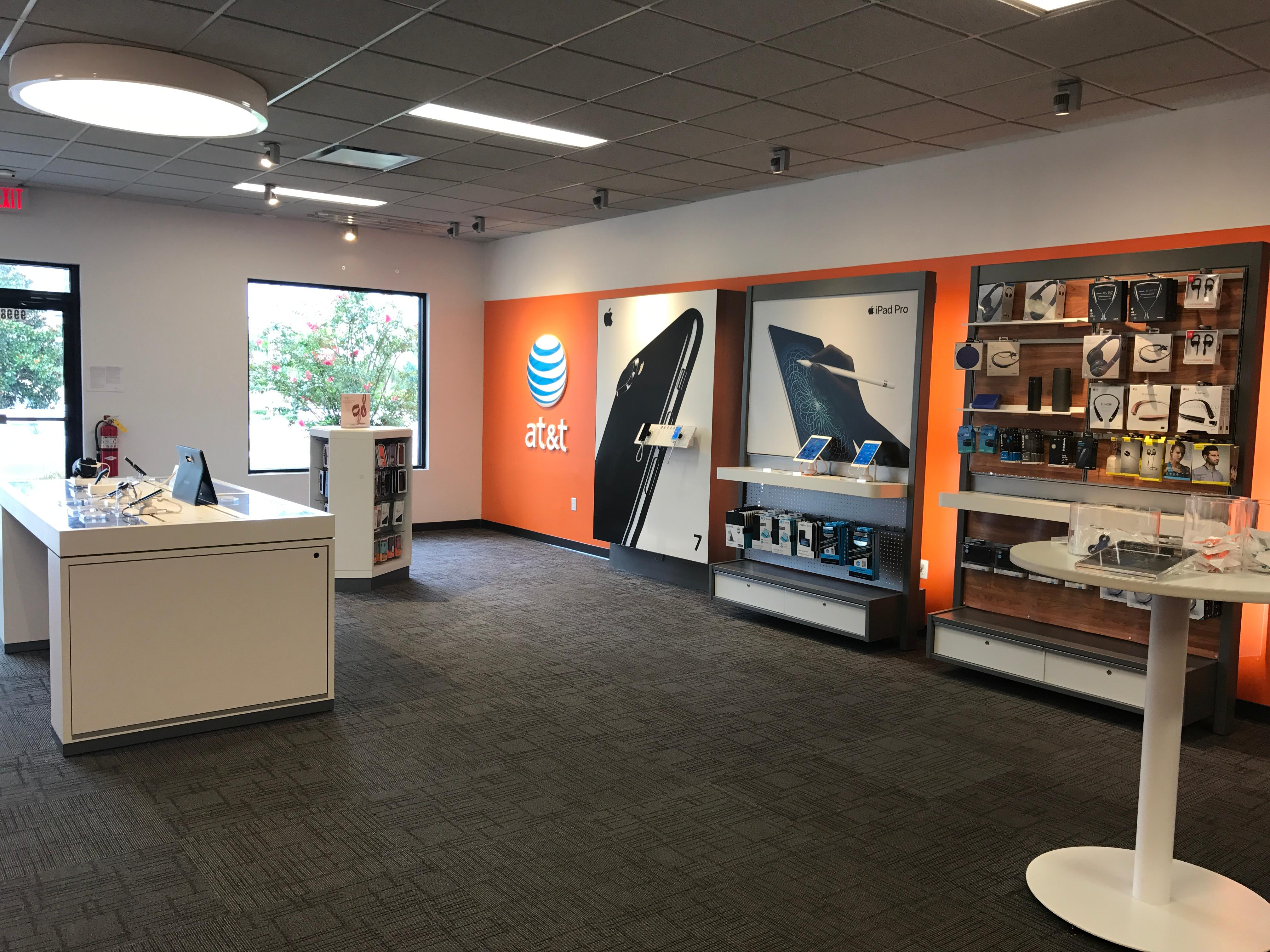 AT&T Store Photo