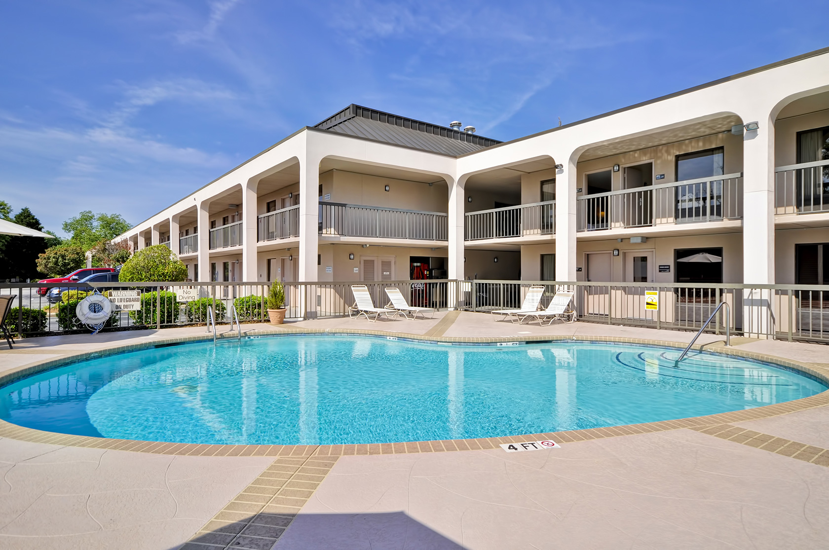 Red Lion Inn & Suites Fayetteville I-95 image 11