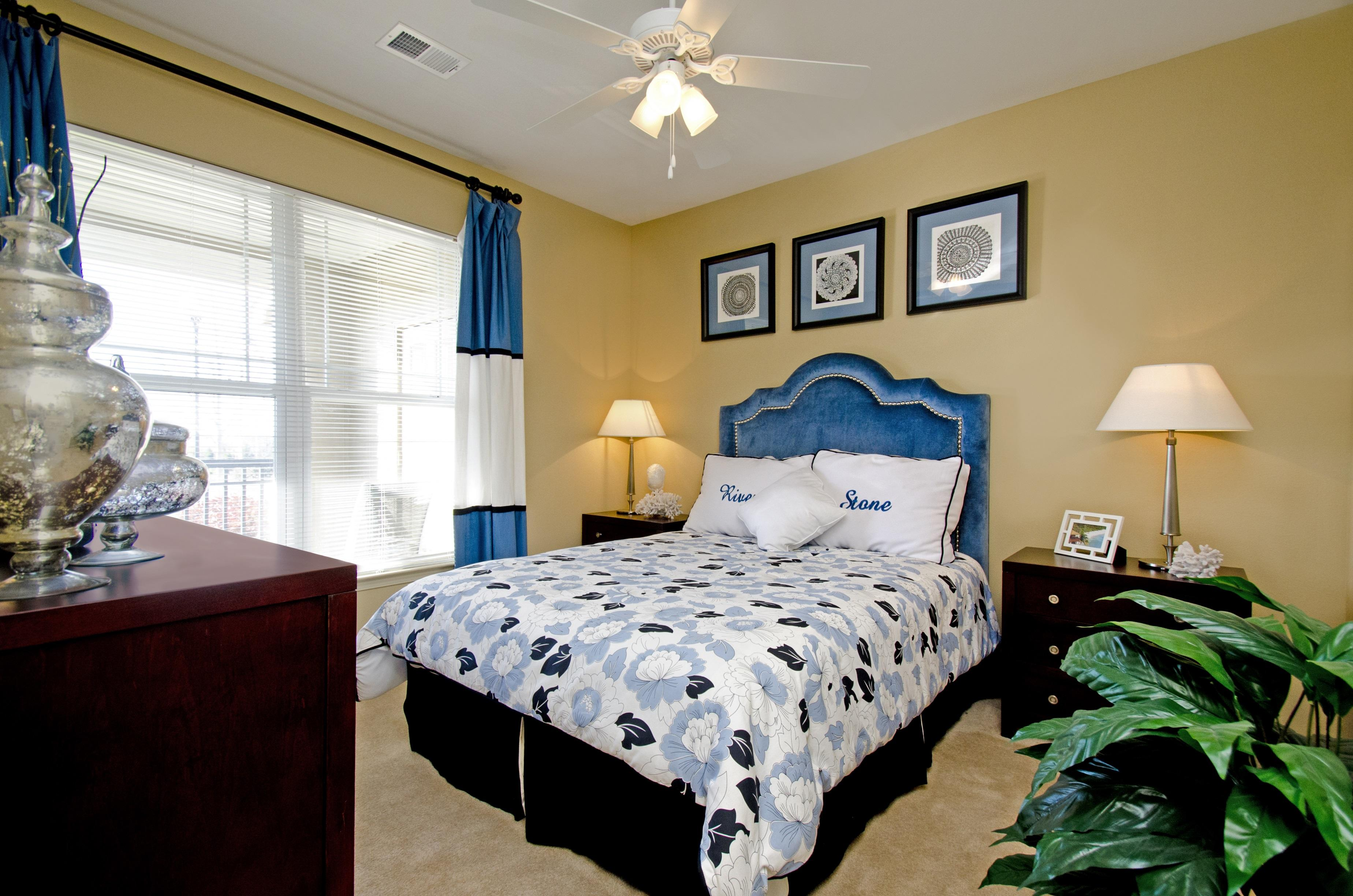 Riverstone Apartments image 3