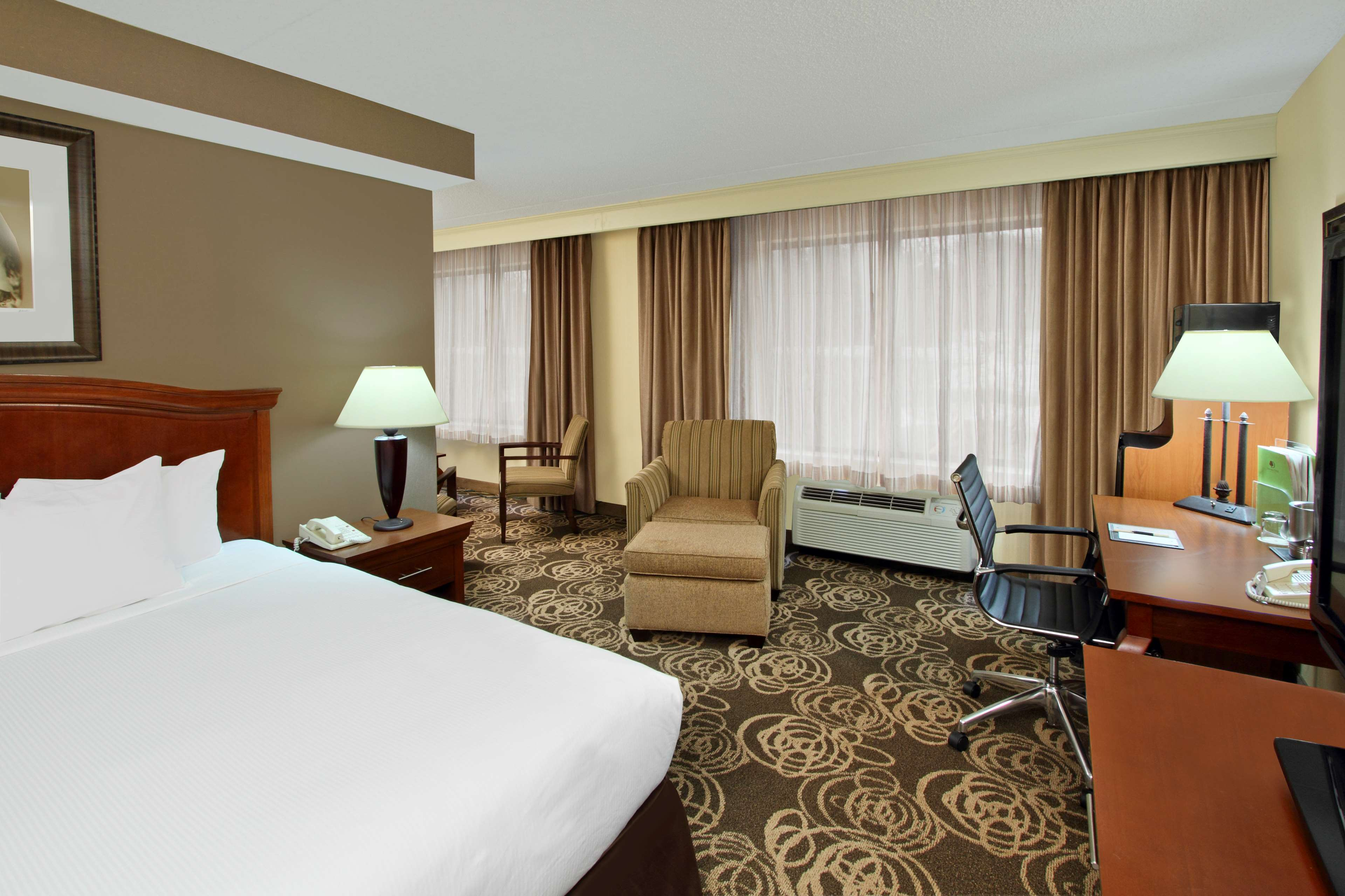 DoubleTree by Hilton Hotel Mahwah image 14