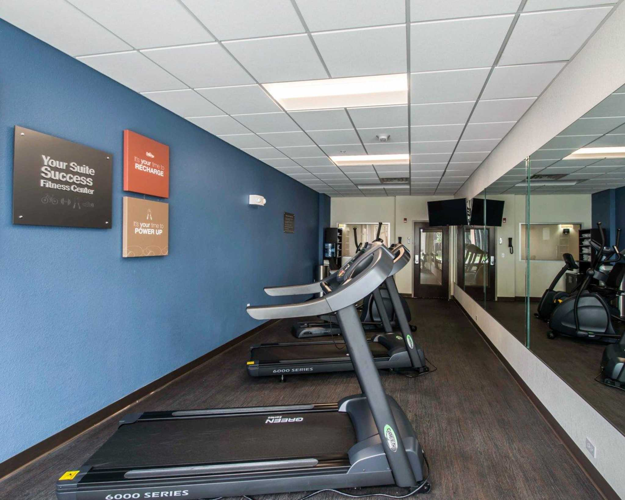 Comfort Suites Fort Lauderdale Airport South & Cruise Port image 37