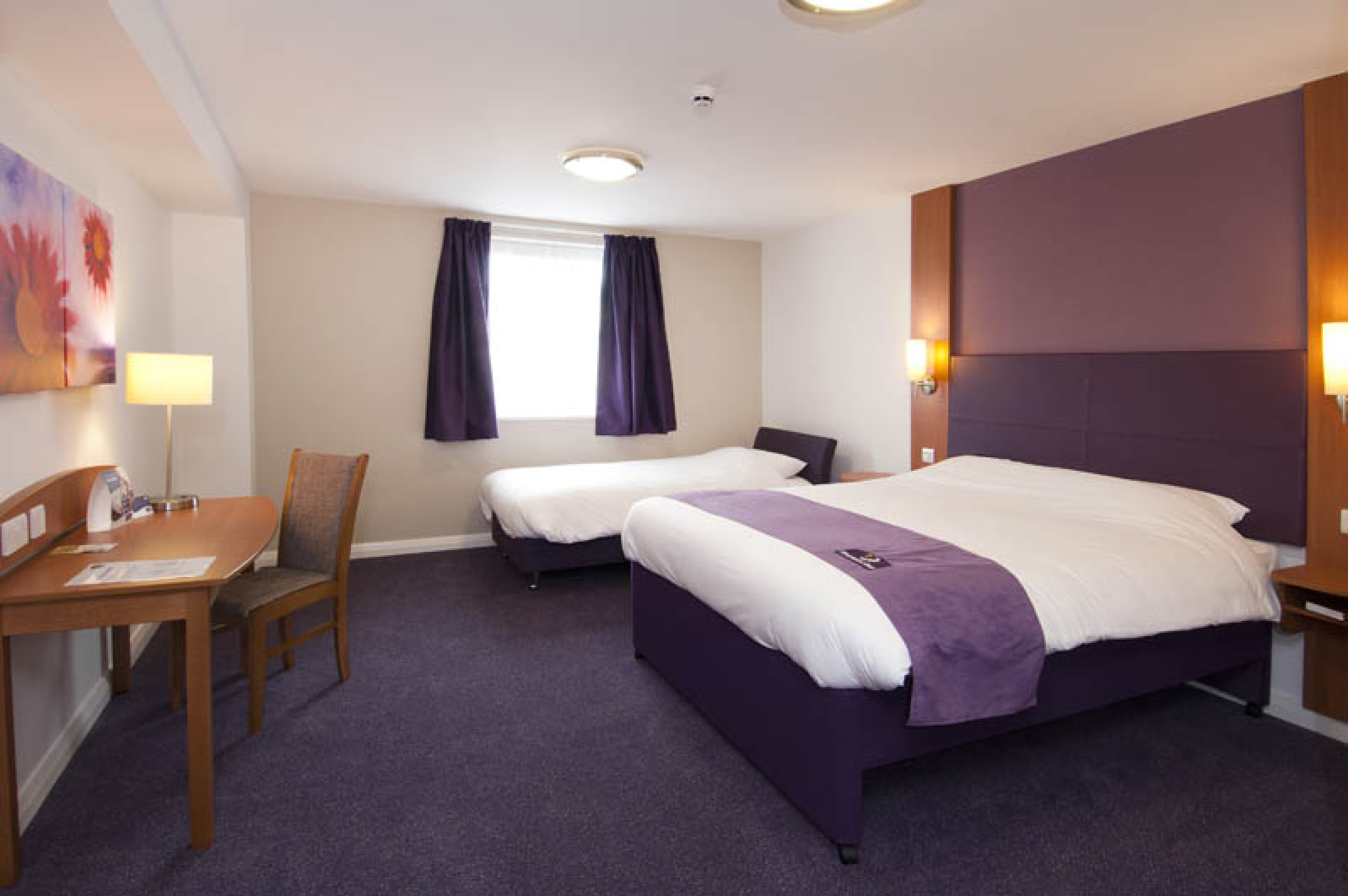 Premier Inn Glasgow East Hotel