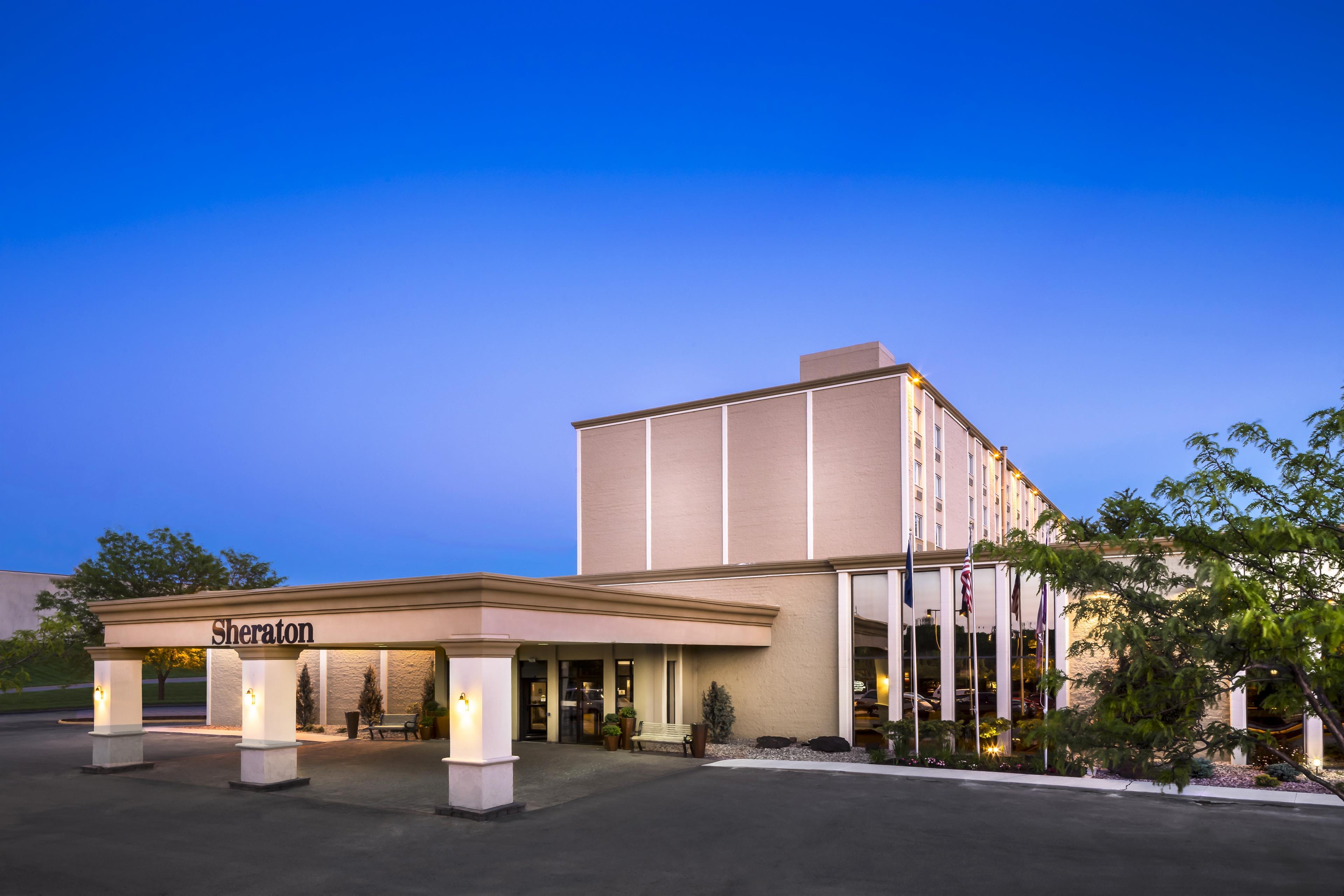 Sheraton Omaha Hotel image 11