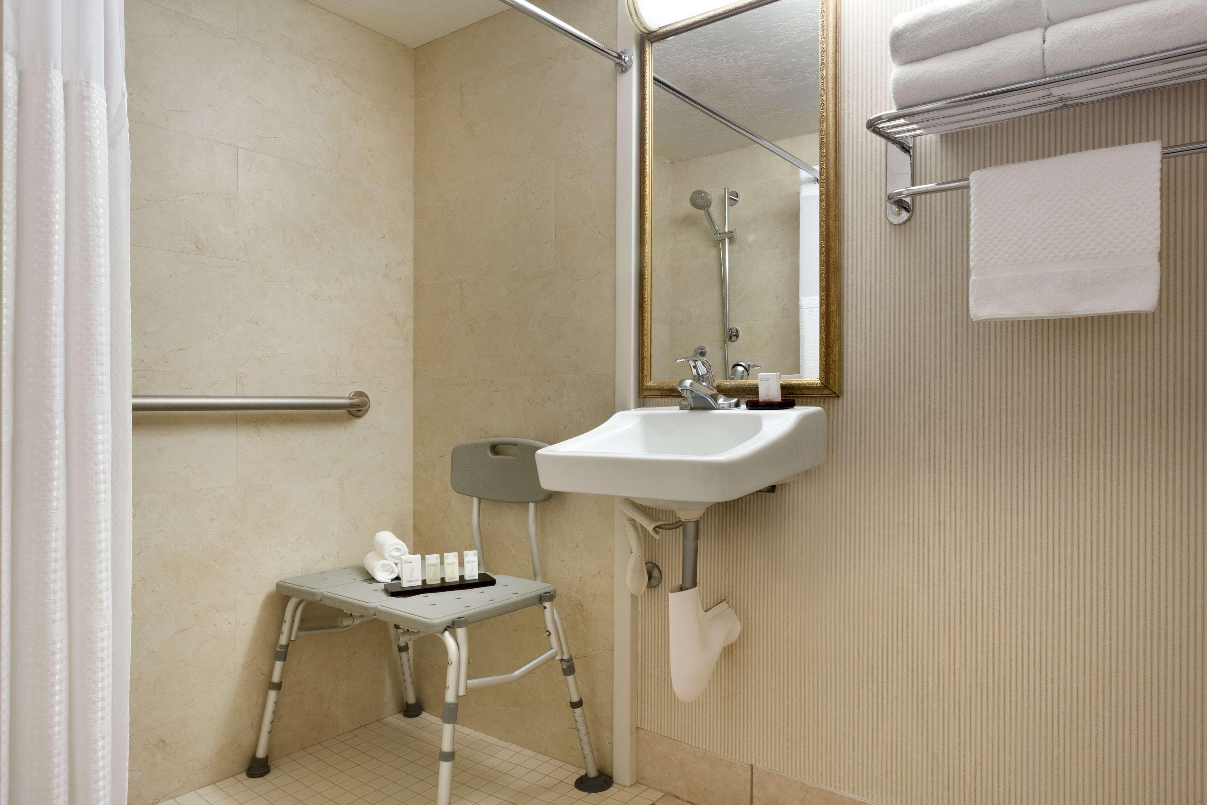 Embassy Suites by Hilton Arcadia Pasadena Area image 31