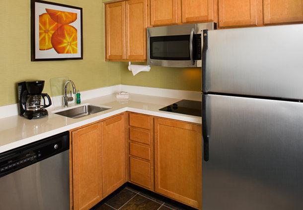 Residence Inn by Marriott Anaheim Resort Area/Garden Grove image 2