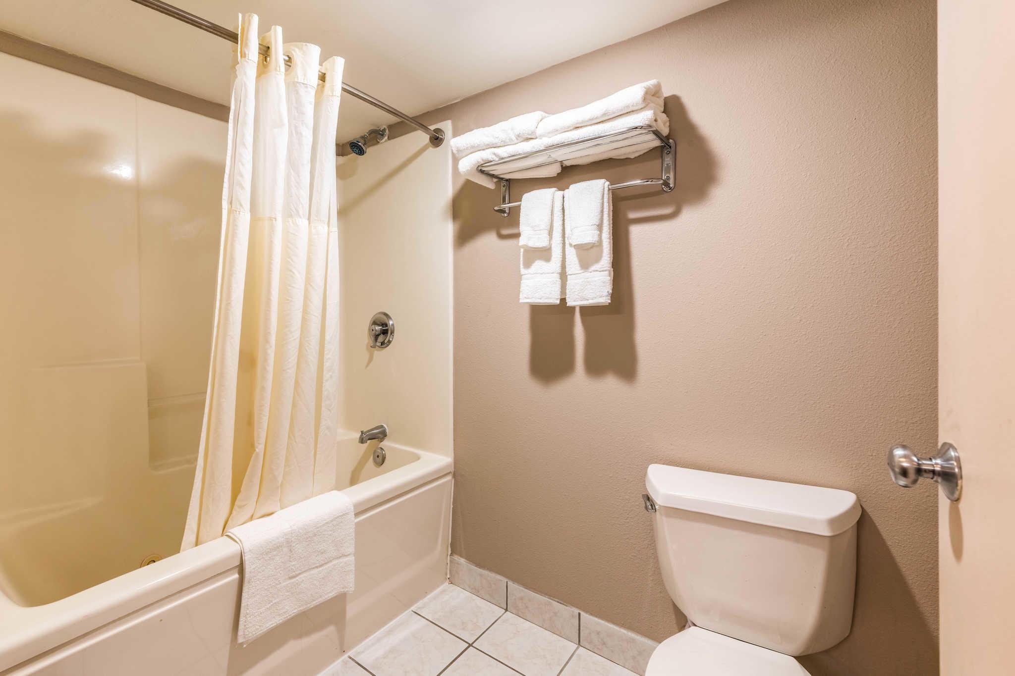 Clarion Inn & Suites image 31