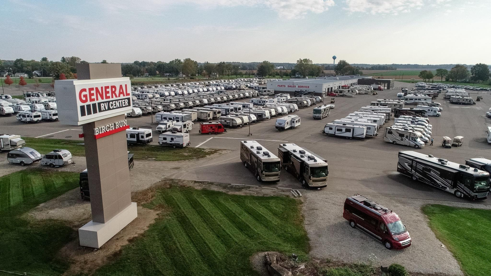 General RV Center image 2