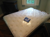Mattresses are wrapped in durable plastic to keep it from being soiled during transport. Sizes of bags range from twin to king.