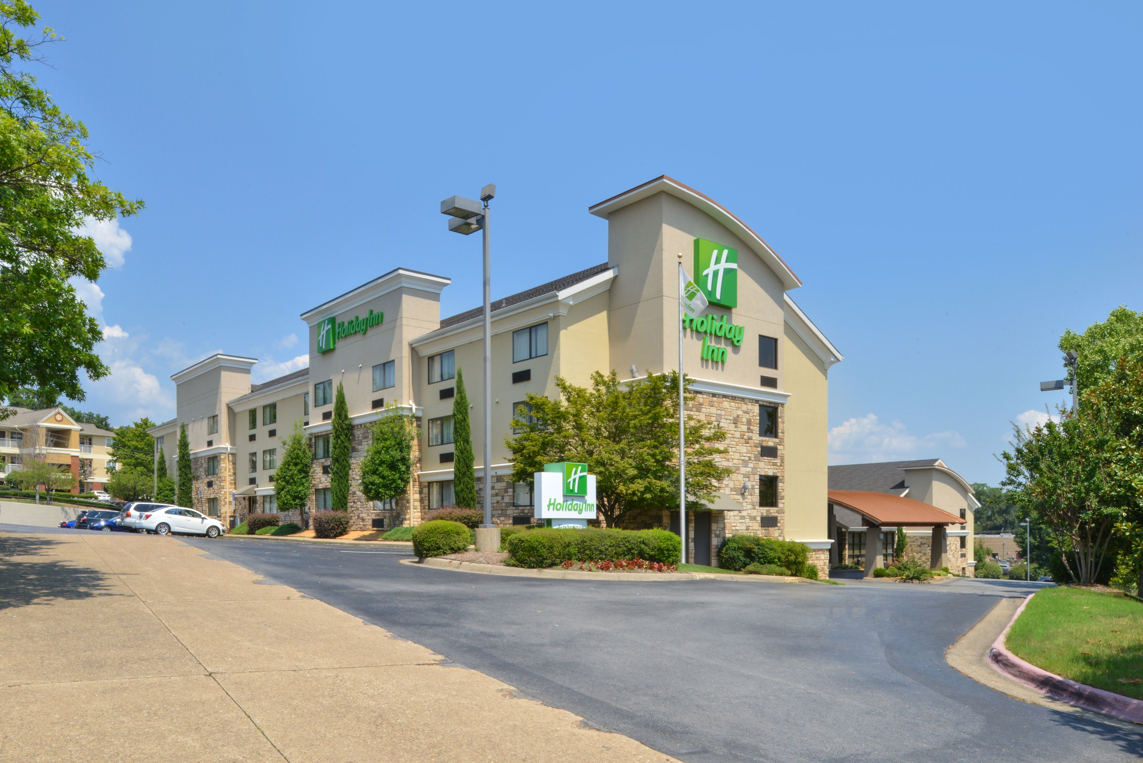 Holiday Inn Little Rock West Chenal Pkwy At 10920 Financial Centre Parkway Little Rock Ar On