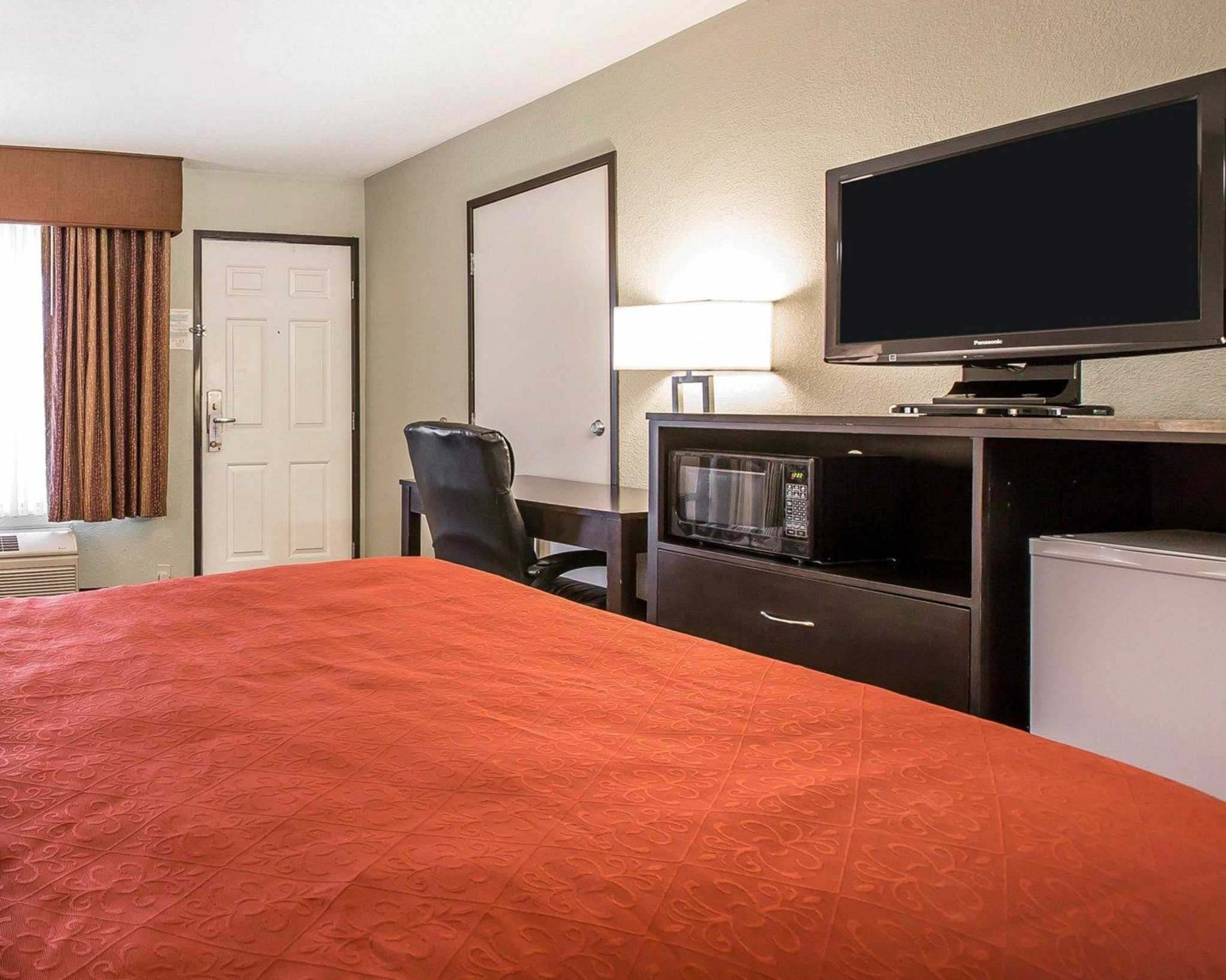 Quality Inn & Suites Woodland - Sacramento Airport image 8