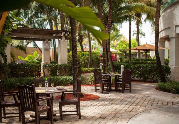 Courtyard by Marriott Fort Lauderdale Airport & Cruise Port image 3