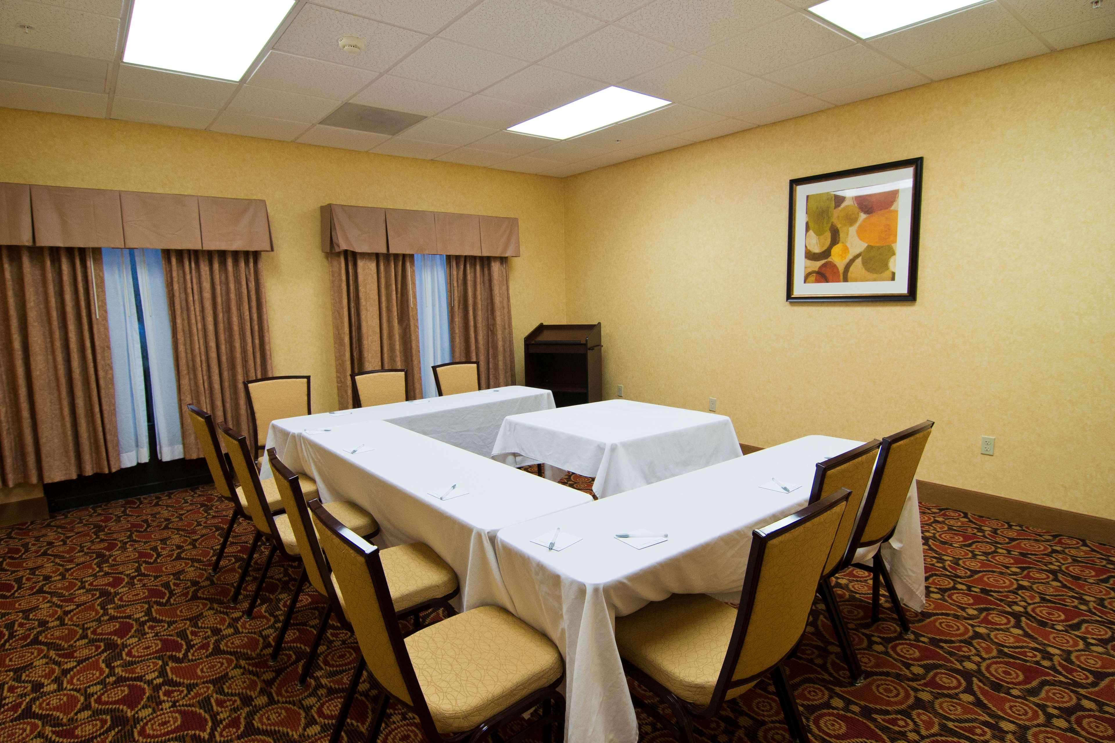 Hampton Inn & Suites Orlando Intl Dr N image 19