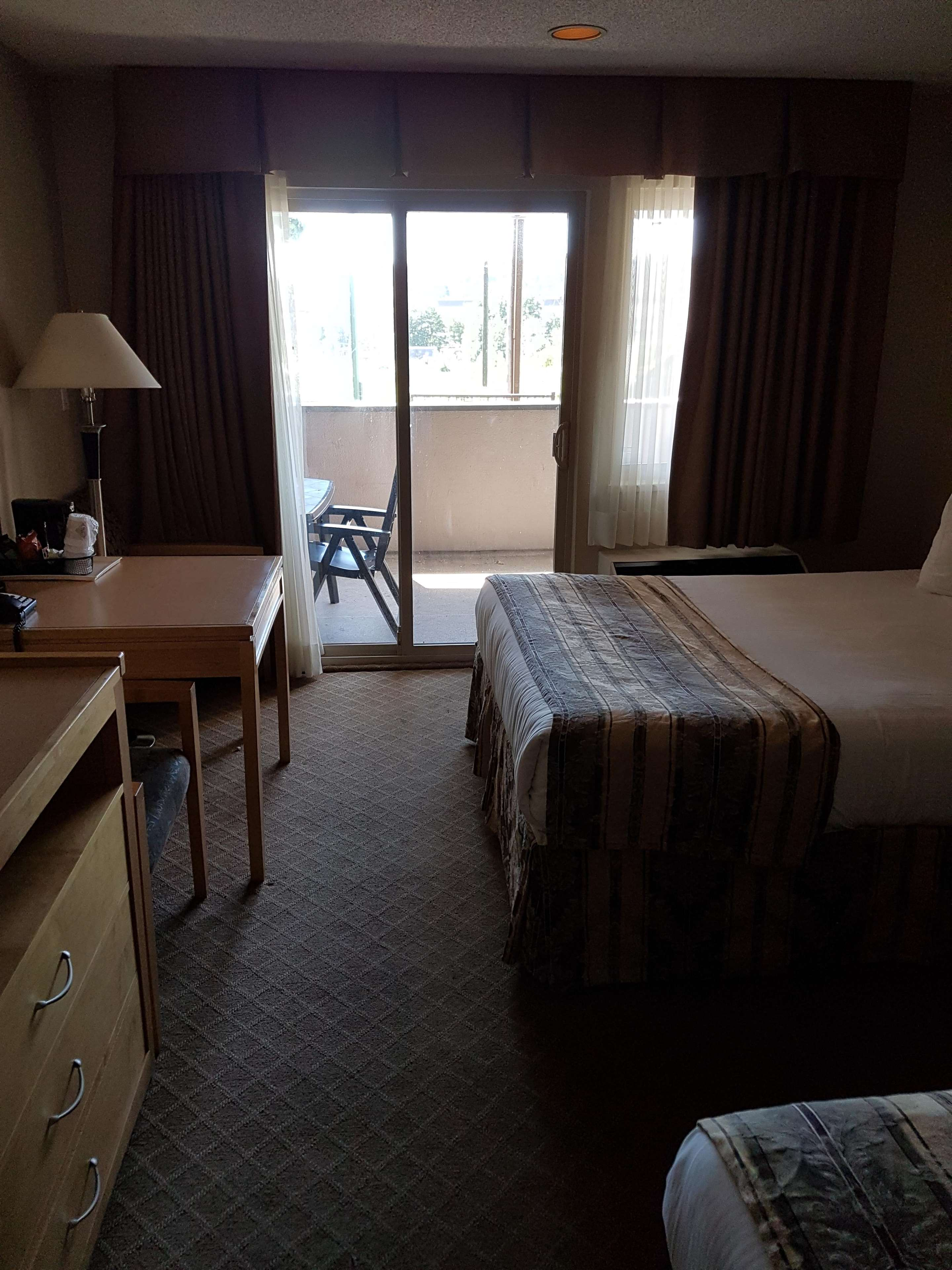 SureStay Plus Hotel by Best Western Coquitlam in Coquitlam: In Room Amenity