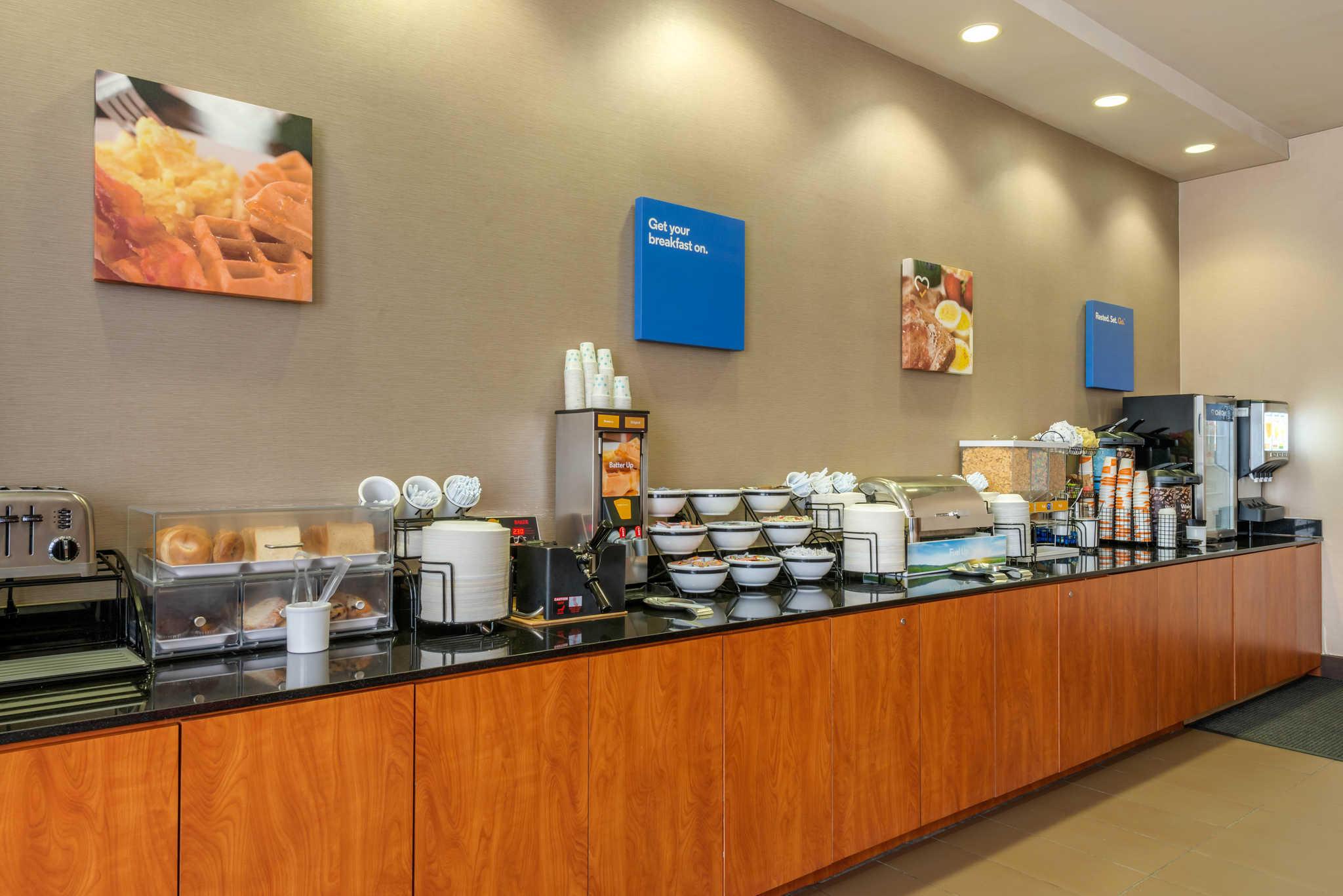 Comfort Inn DFW Airport North image 34