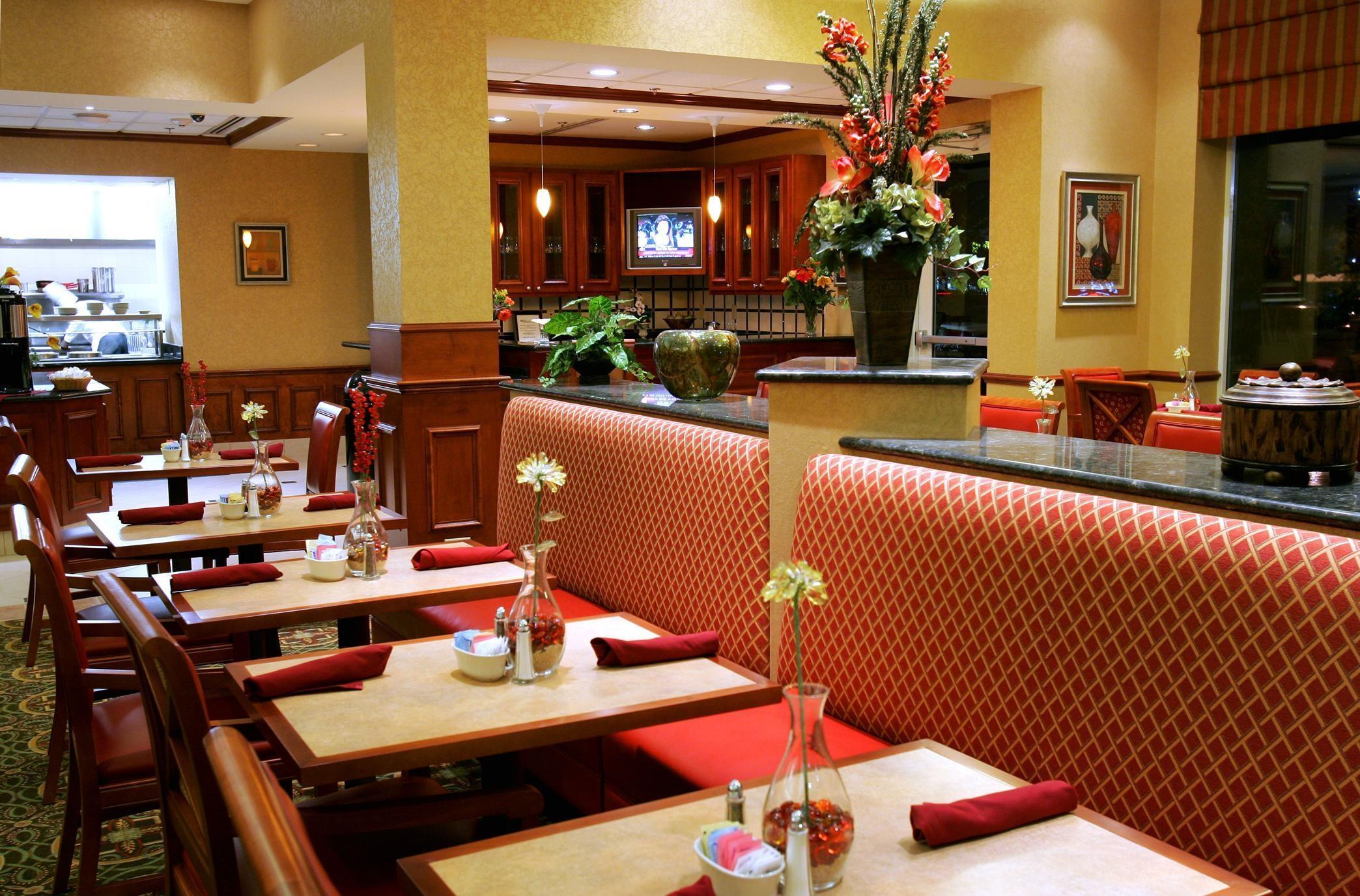Hilton Garden Inn Clarksburg image 8