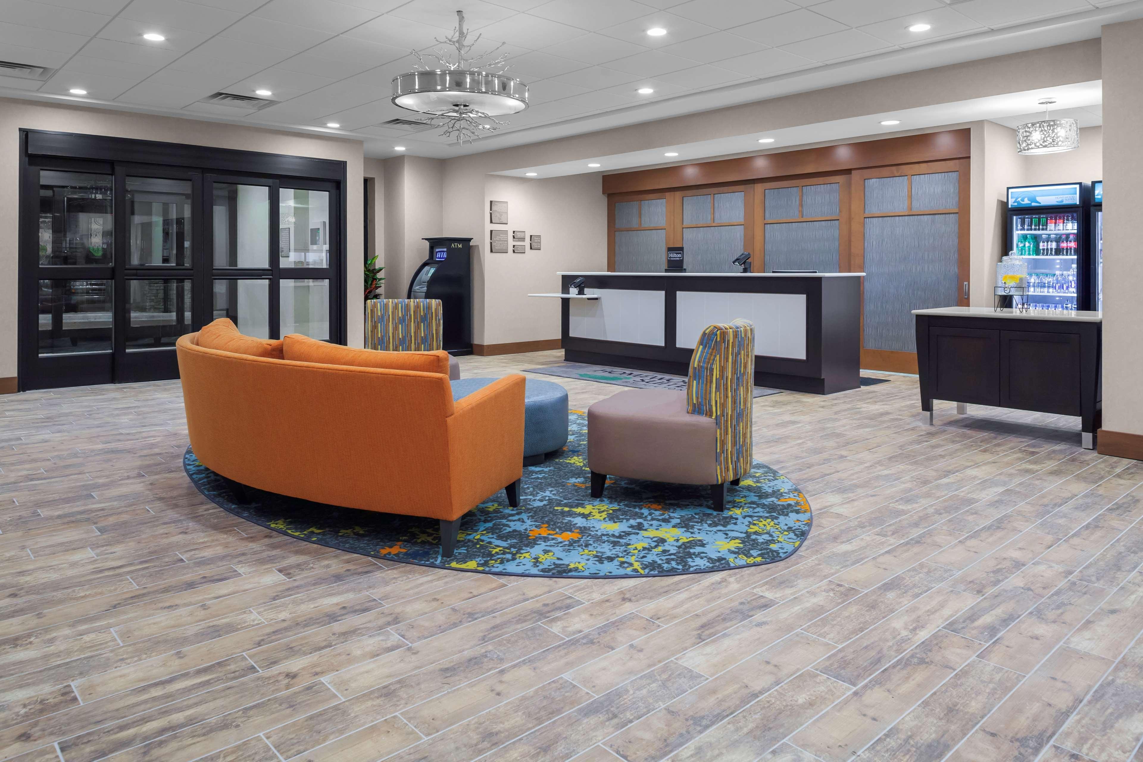 Homewood Suites by Hilton Wauwatosa Milwaukee image 3
