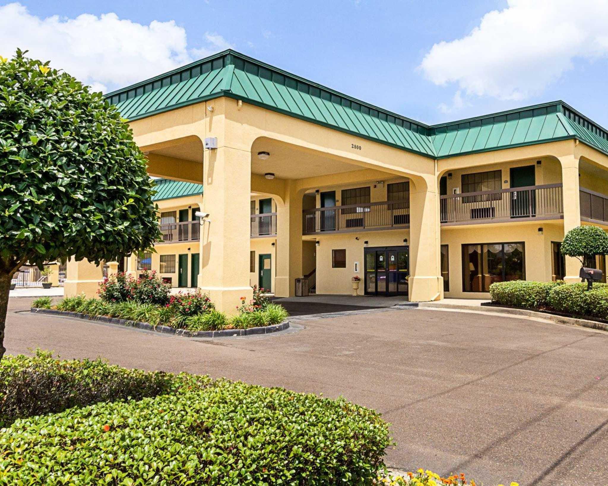 Quality Inn & Suites Southwest image 1