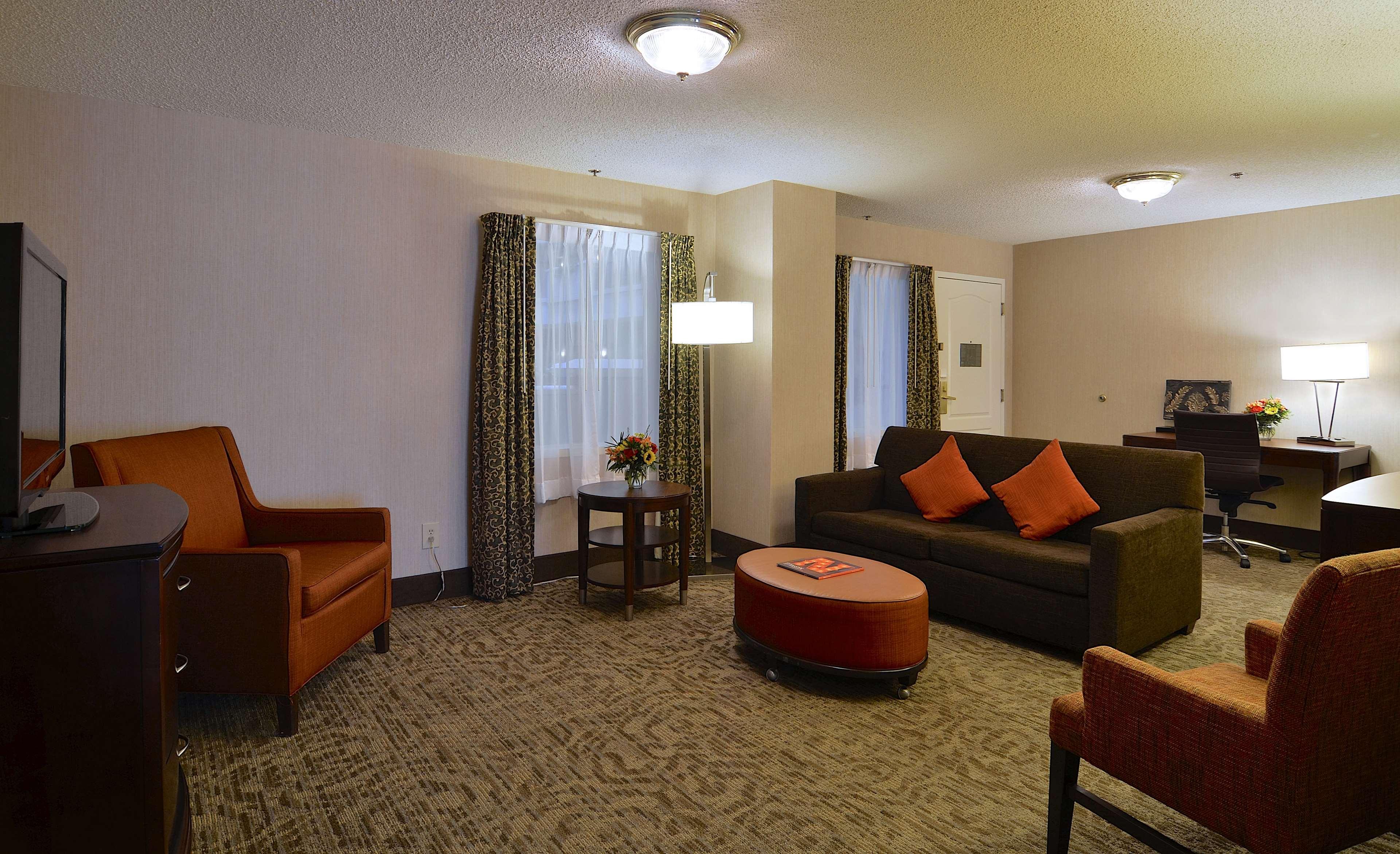 Embassy Suites by Hilton Nashville at Vanderbilt image 44
