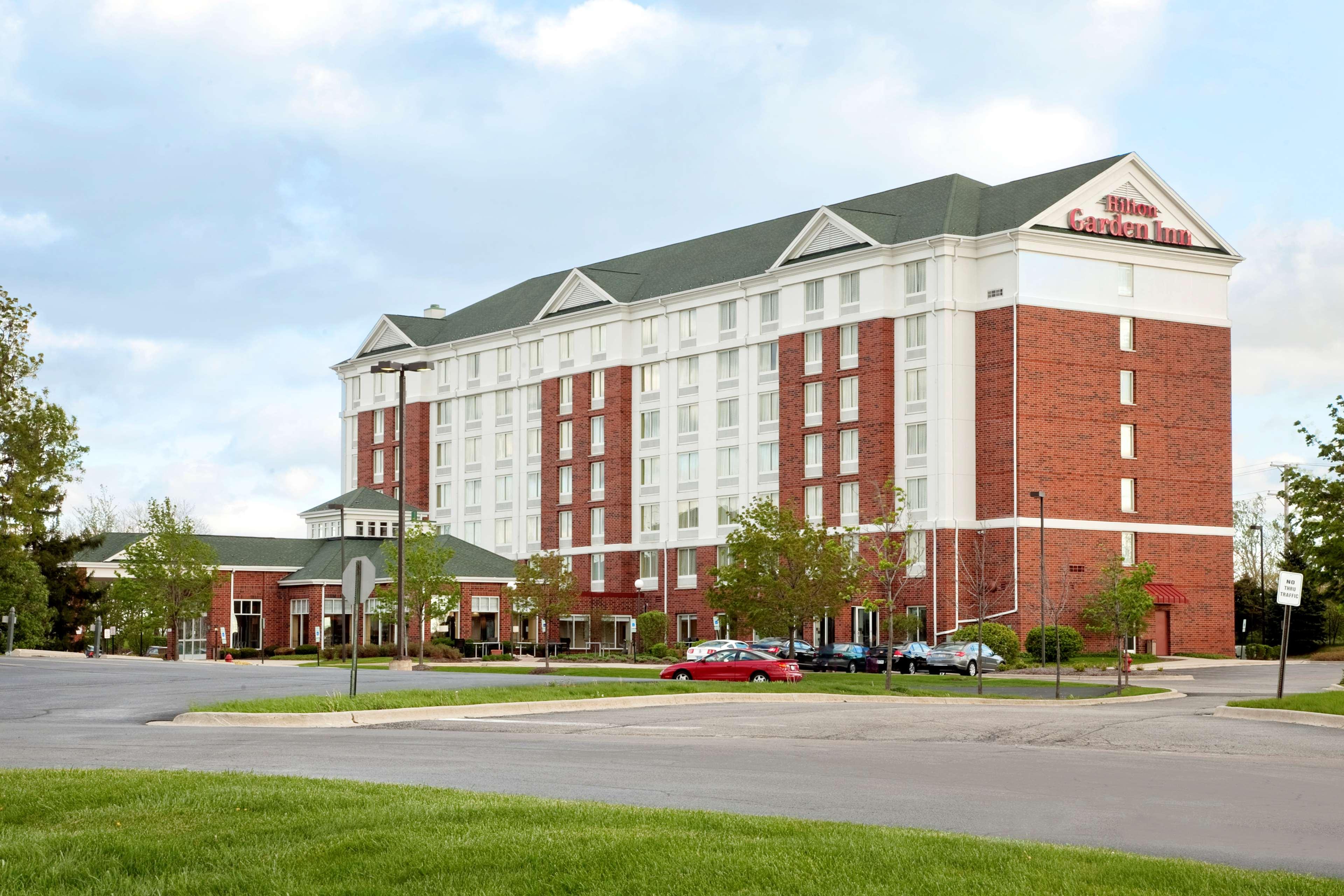 Hilton Garden Inn Hoffman Estates image 1