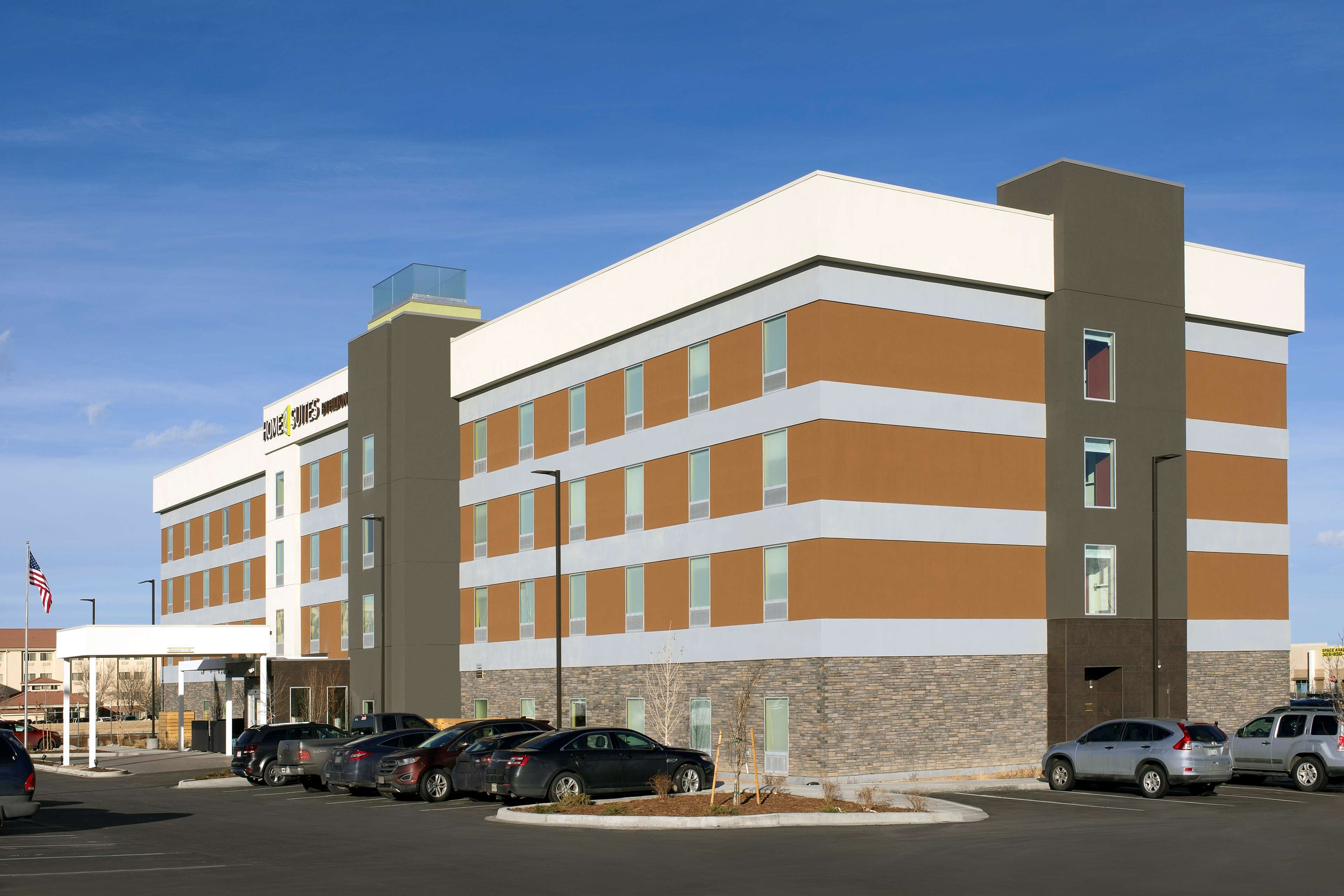 Home2 Suites by Hilton Denver International Airport image 0