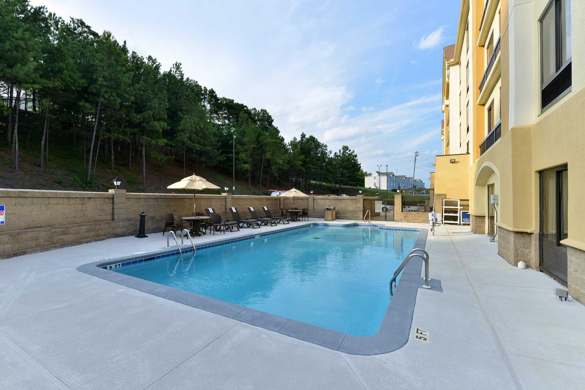 Hotels Near Interstate  In Birmingham Al