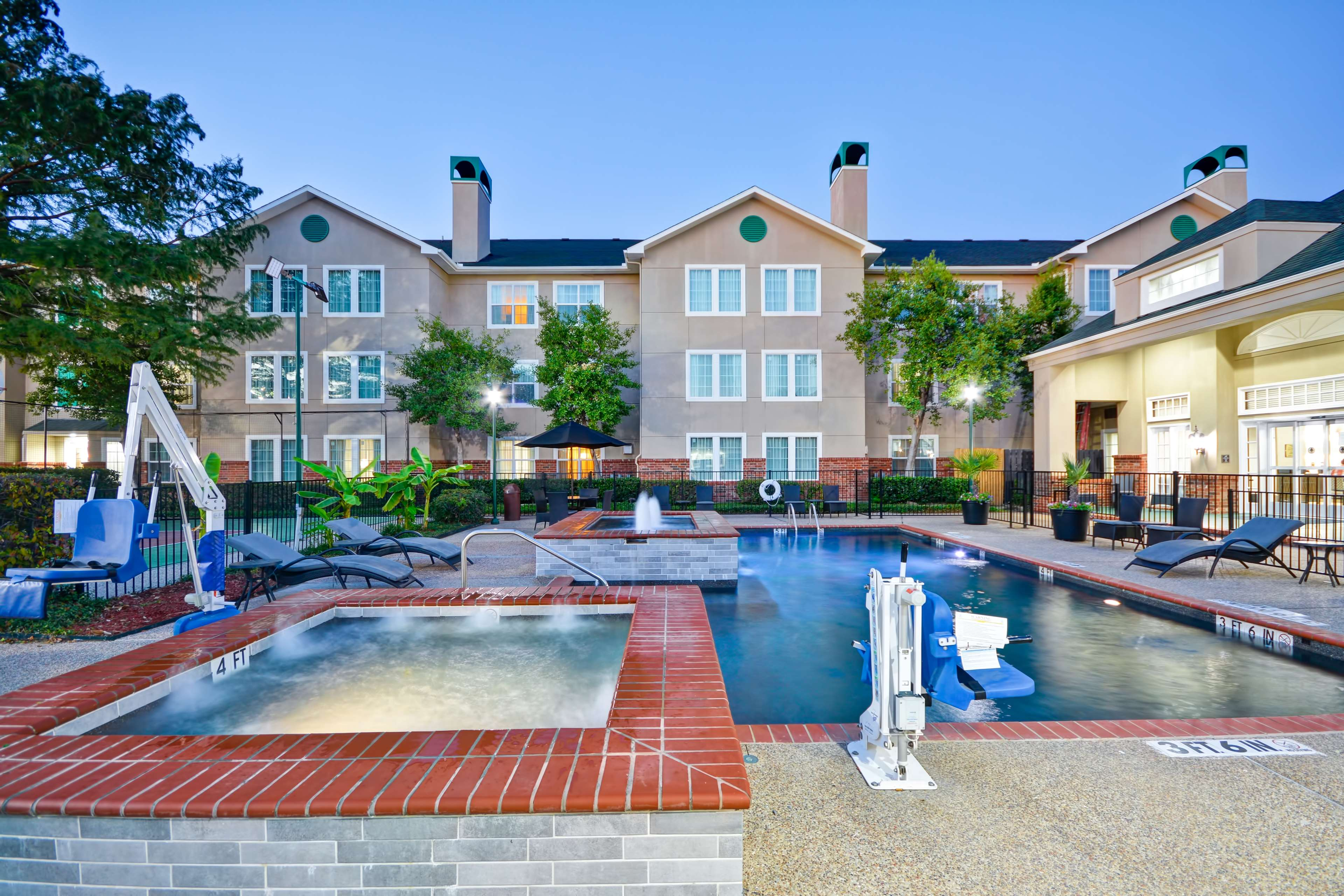 Homewood Suites by Hilton Dallas-Lewisville image 6