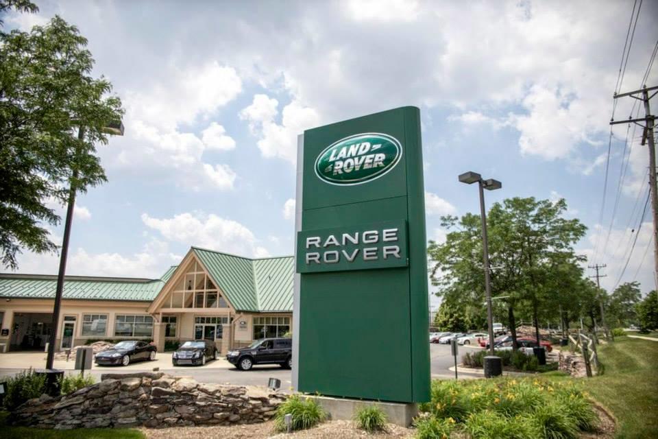 Land Rover Hoffman Estates image 7