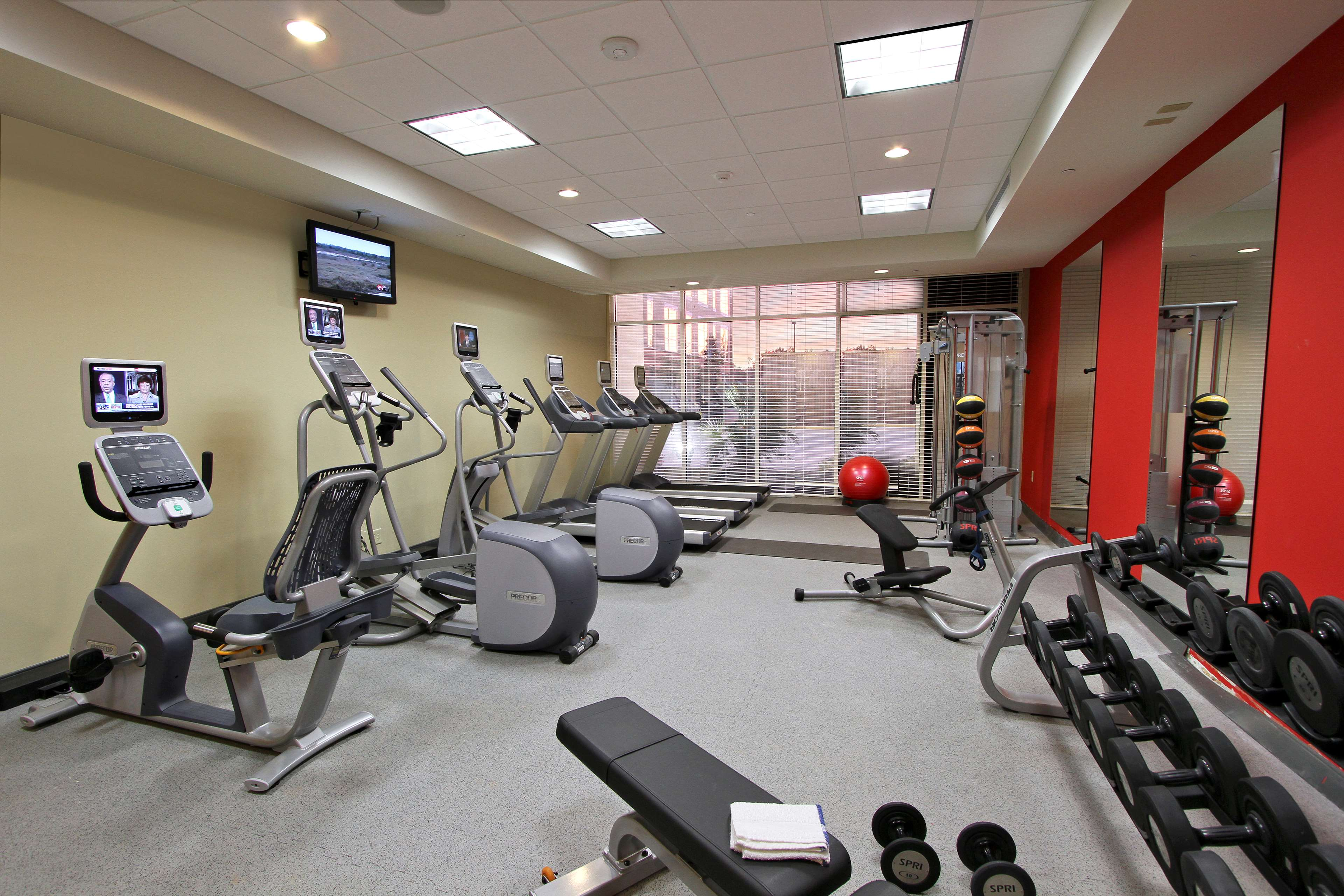 Hilton Garden Inn Covington/Mandeville image 11