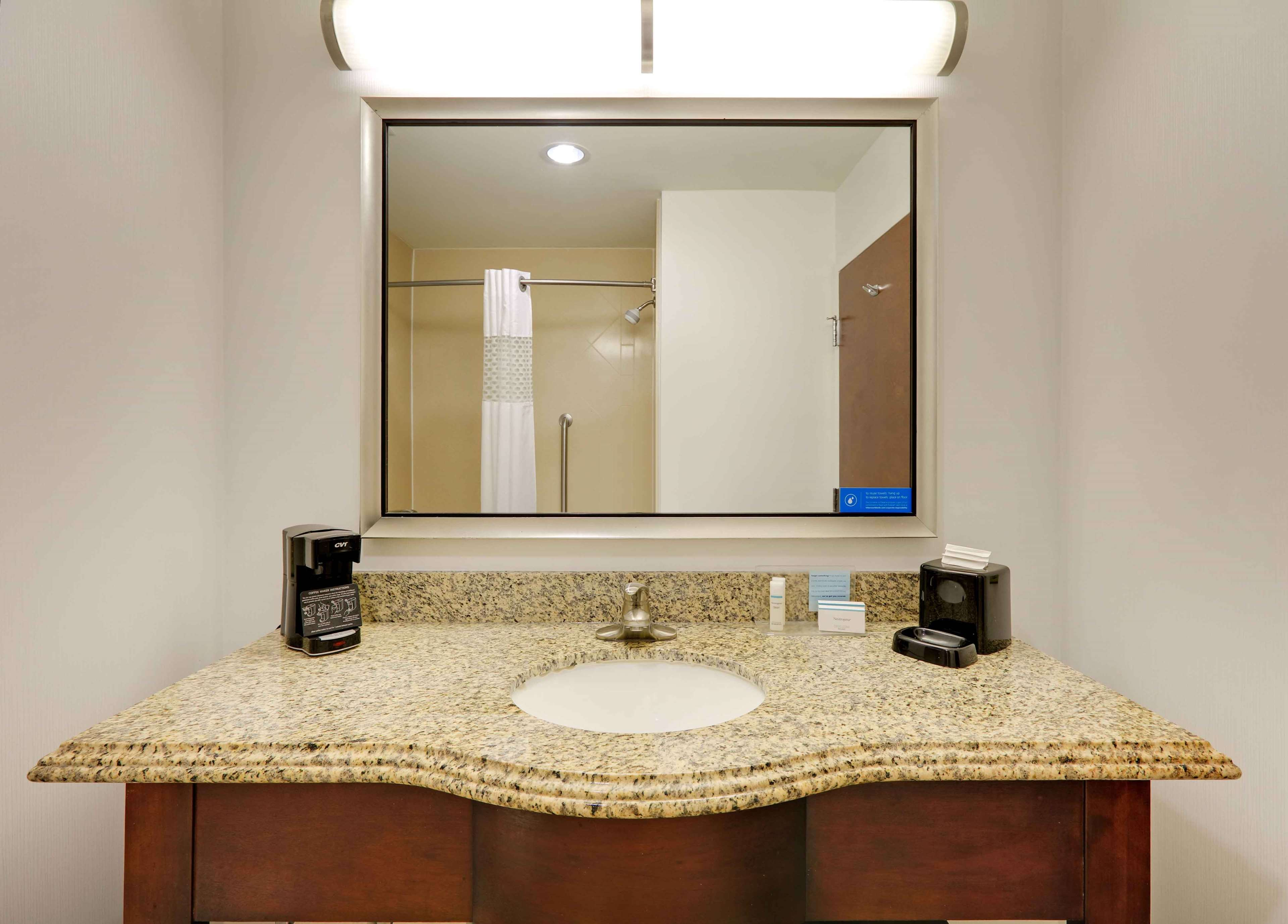 Hampton Inn & Suites Dallas-Arlington-South image 40