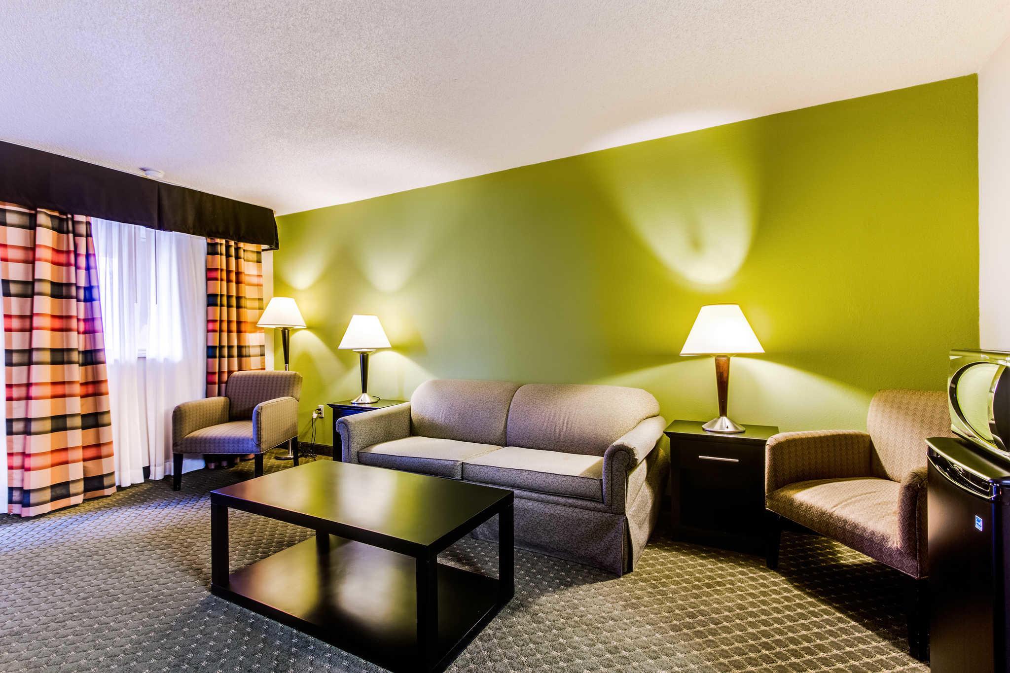 Quality Inn & Suites Moline - Quad Cities image 16