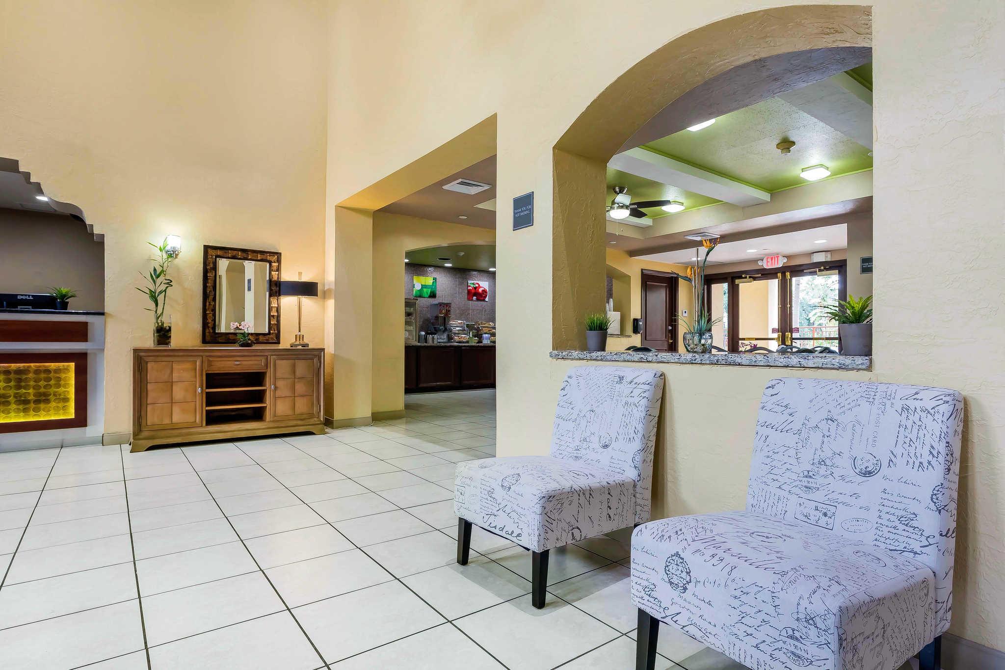 quality suites in deerfield beach fl 623 748 7. Black Bedroom Furniture Sets. Home Design Ideas