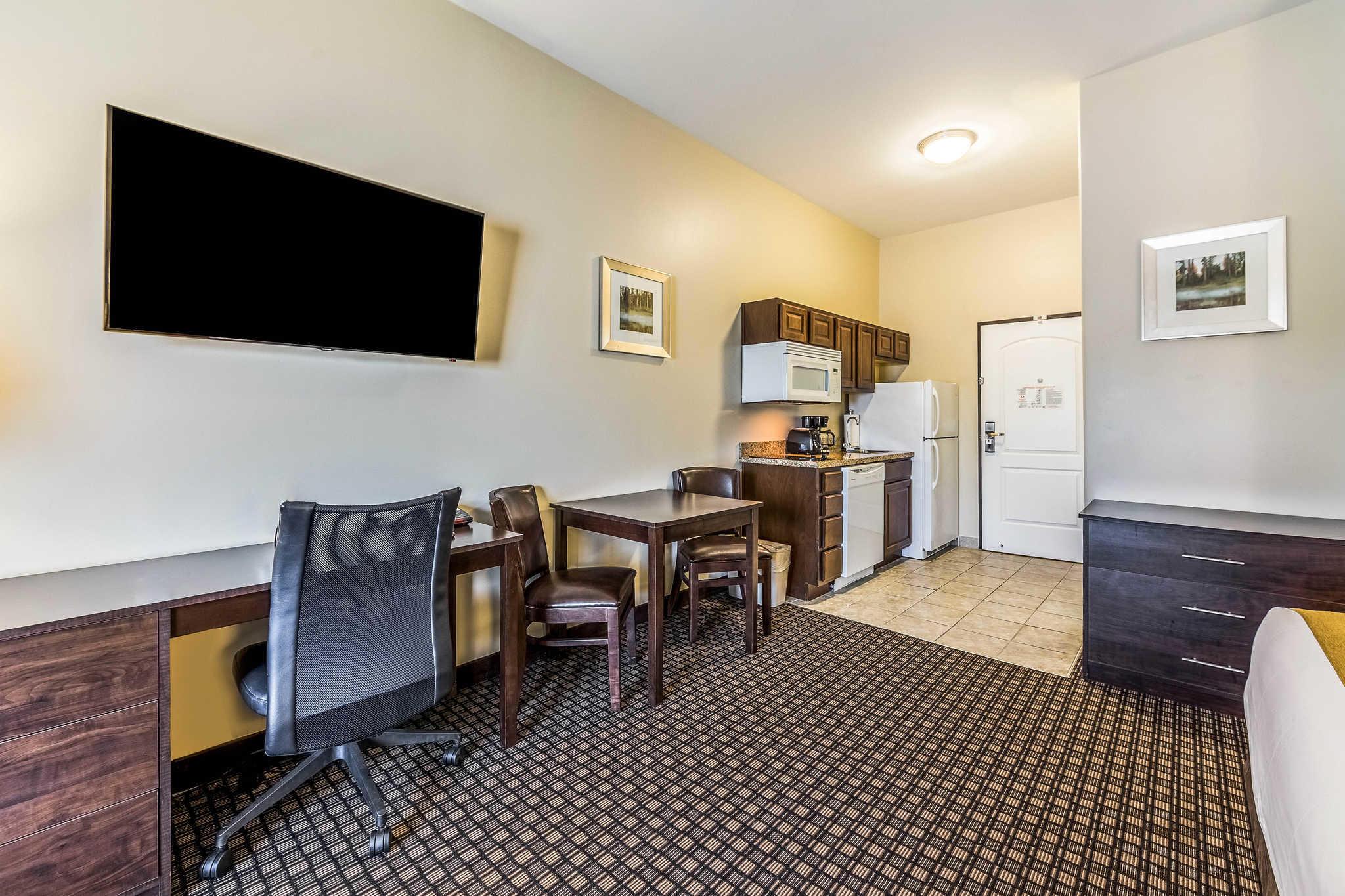 Comfort Inn & Suites Barnesville - Frackville image 10