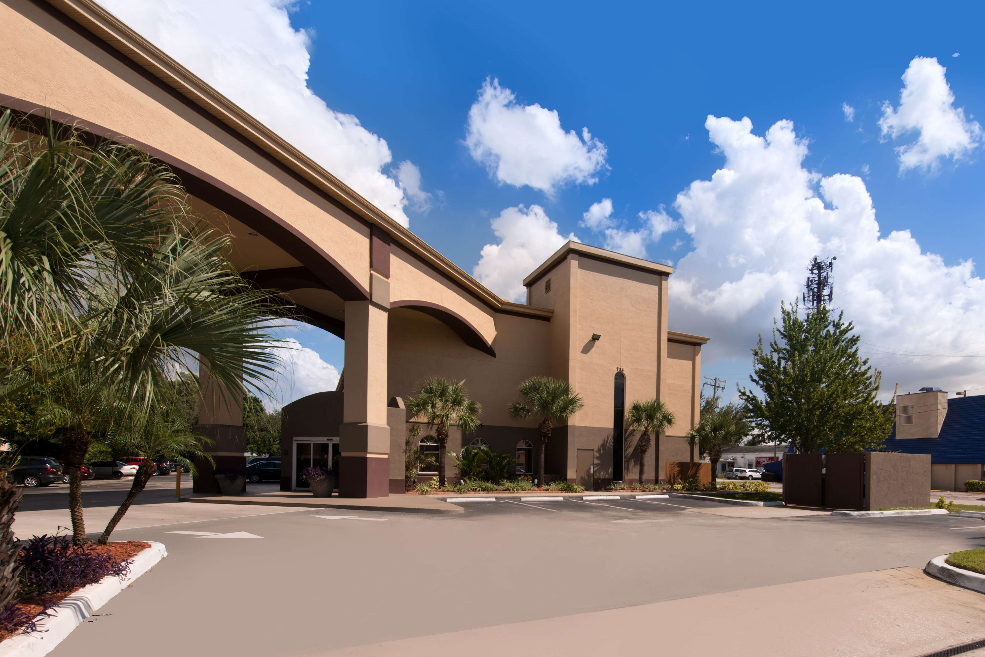 Best Western Tampa image 18