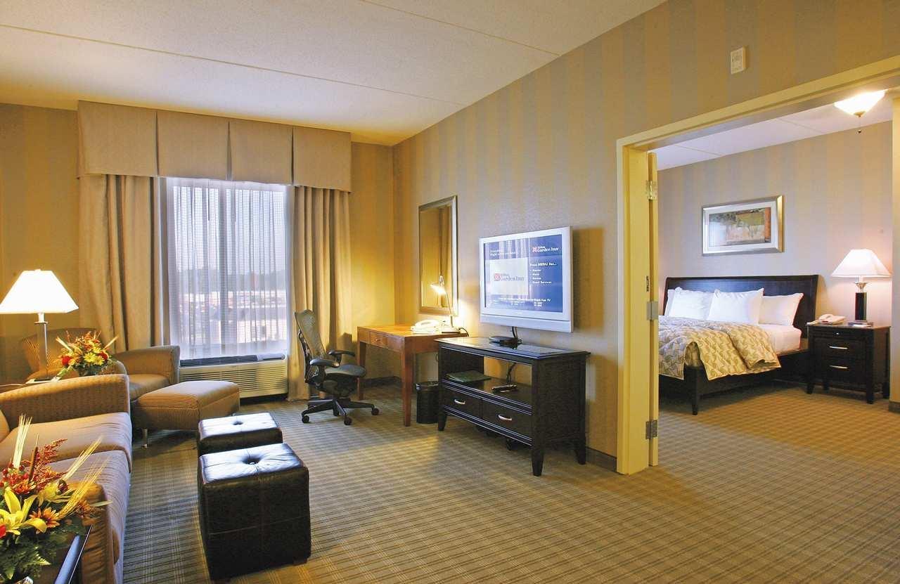 Hilton Garden Inn Atlanta South-McDonough image 10