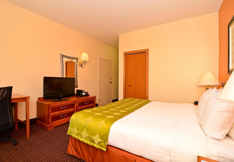 Fairfield Inn & Suites by Marriott Cherokee image 2