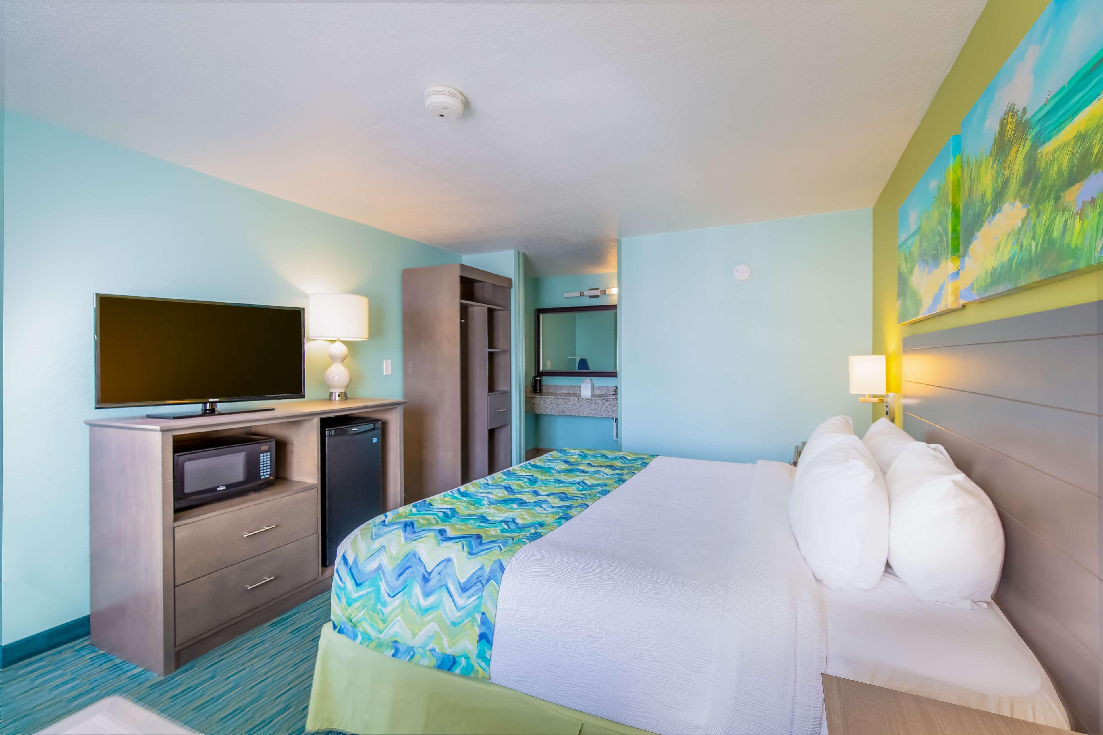 Best Western Beachside Resort image 36