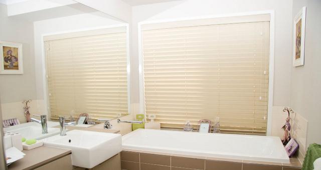 Household Bargain Centre & Chantelle Blinds