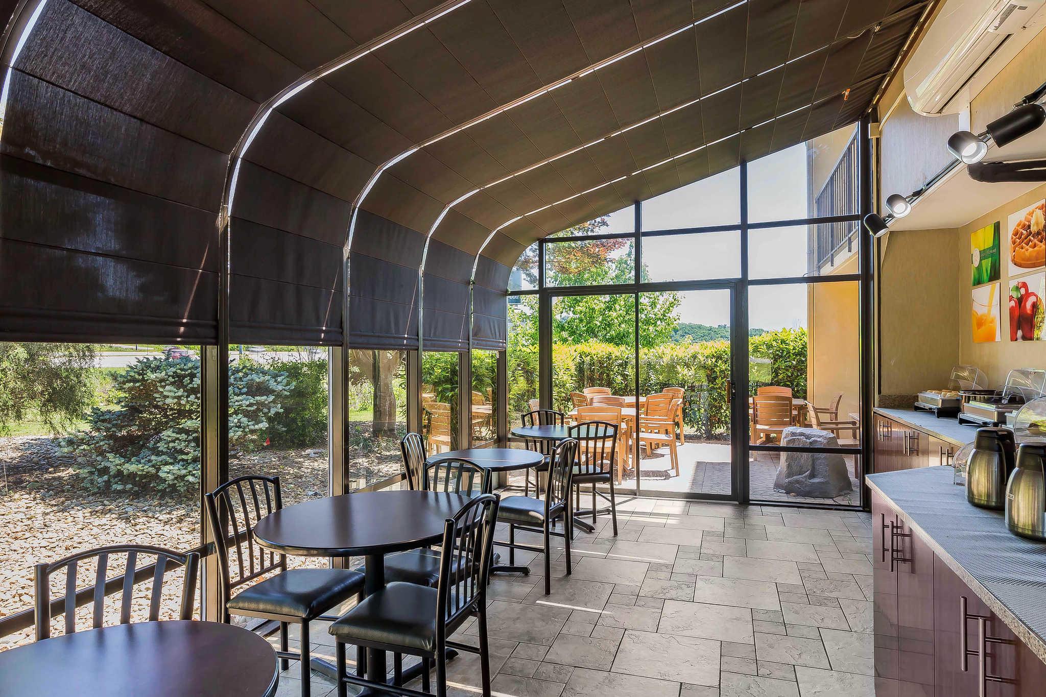 Quality Inn & Suites River Suites image 26
