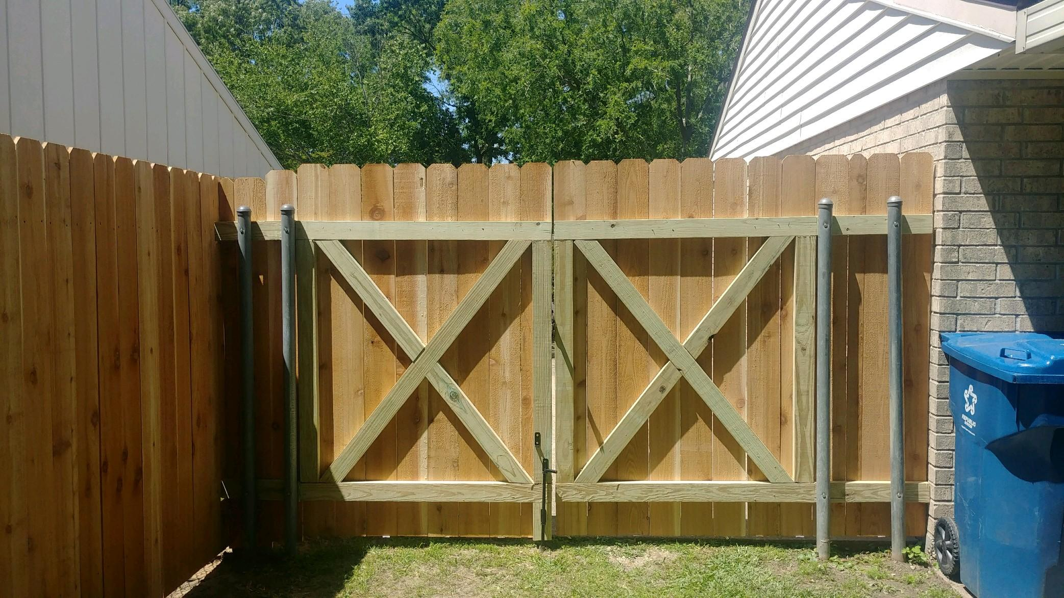 Dutil Fence & Construction image 2