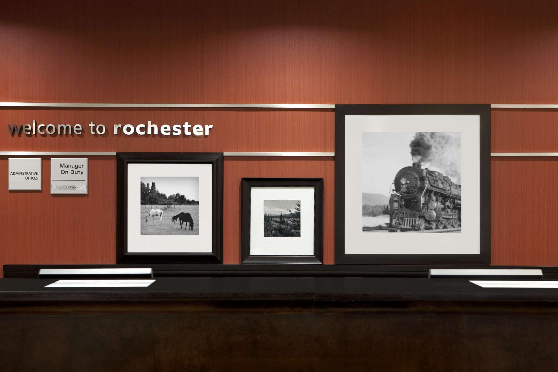 Hampton Inn & Suites Rochester-North image 5