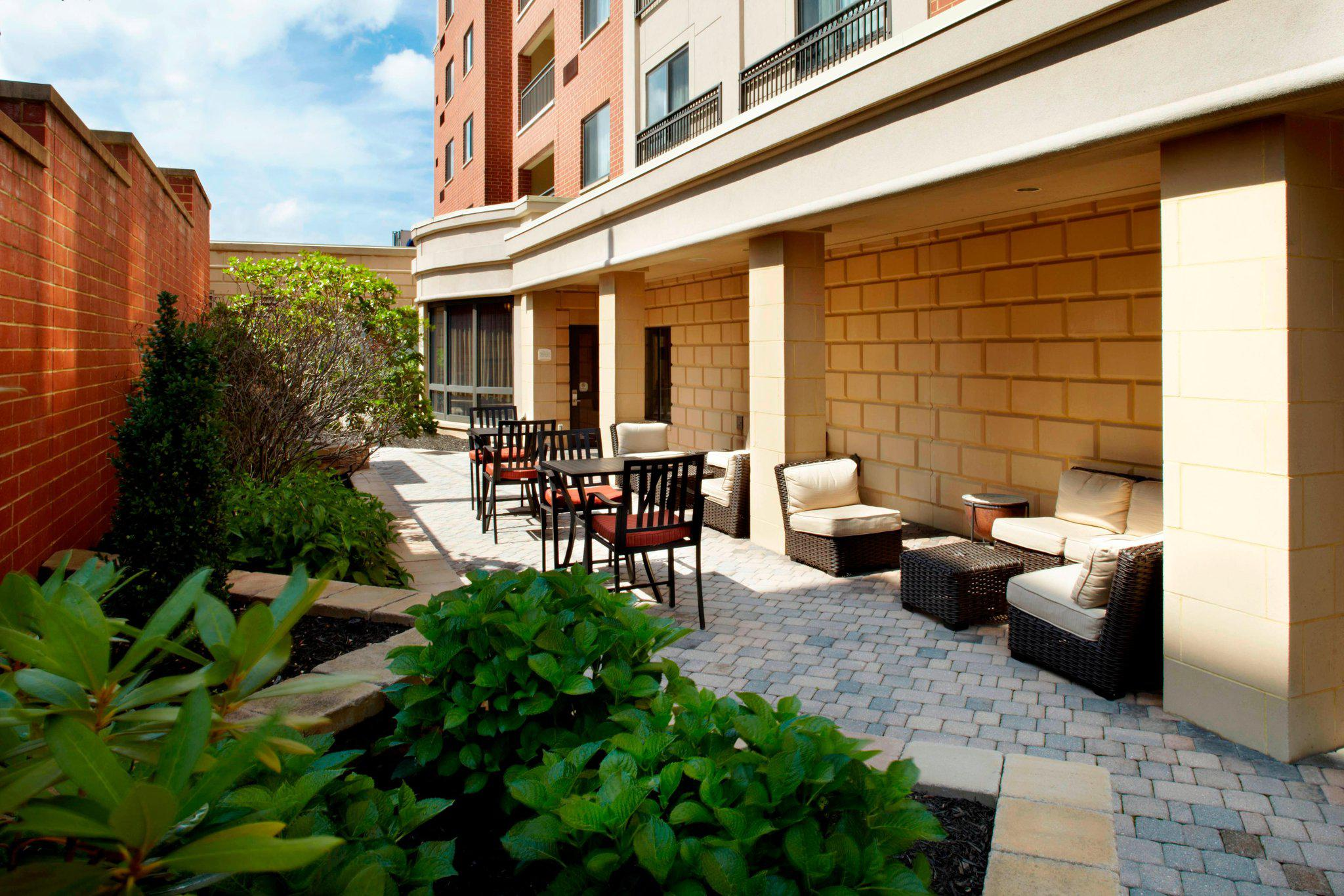 Courtyard by Marriott Pittsburgh Shadyside