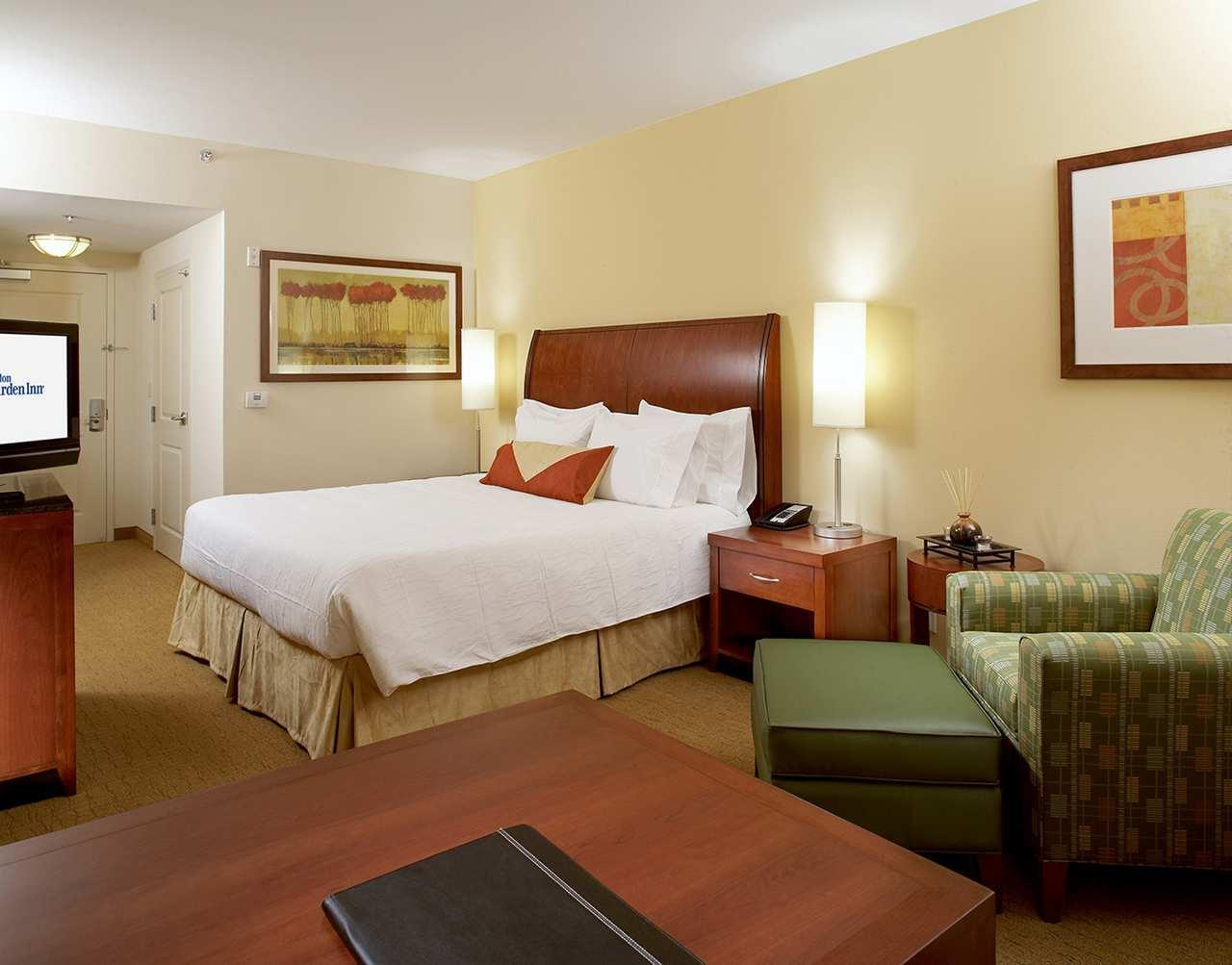 Hilton Garden Inn Dallas/Arlington image 10
