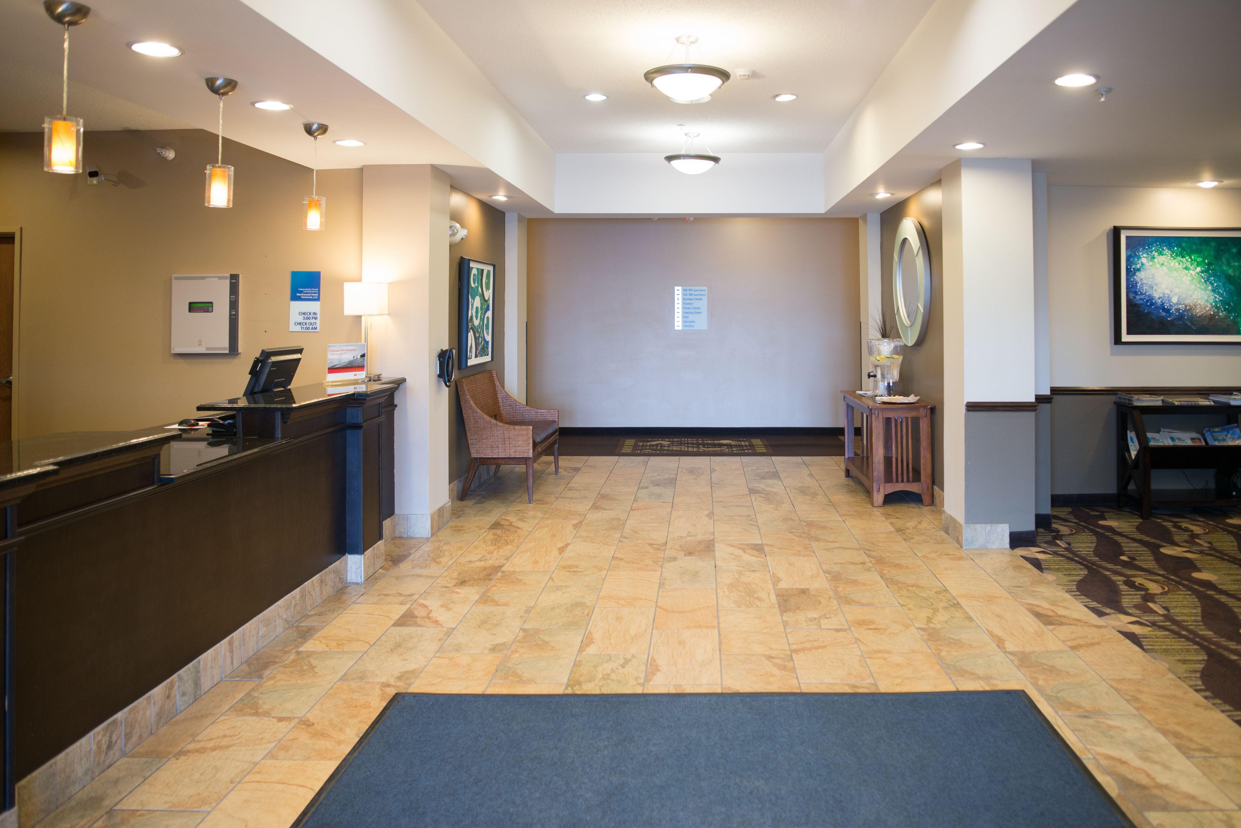 Holiday Inn Express & Suites Northwood image 4