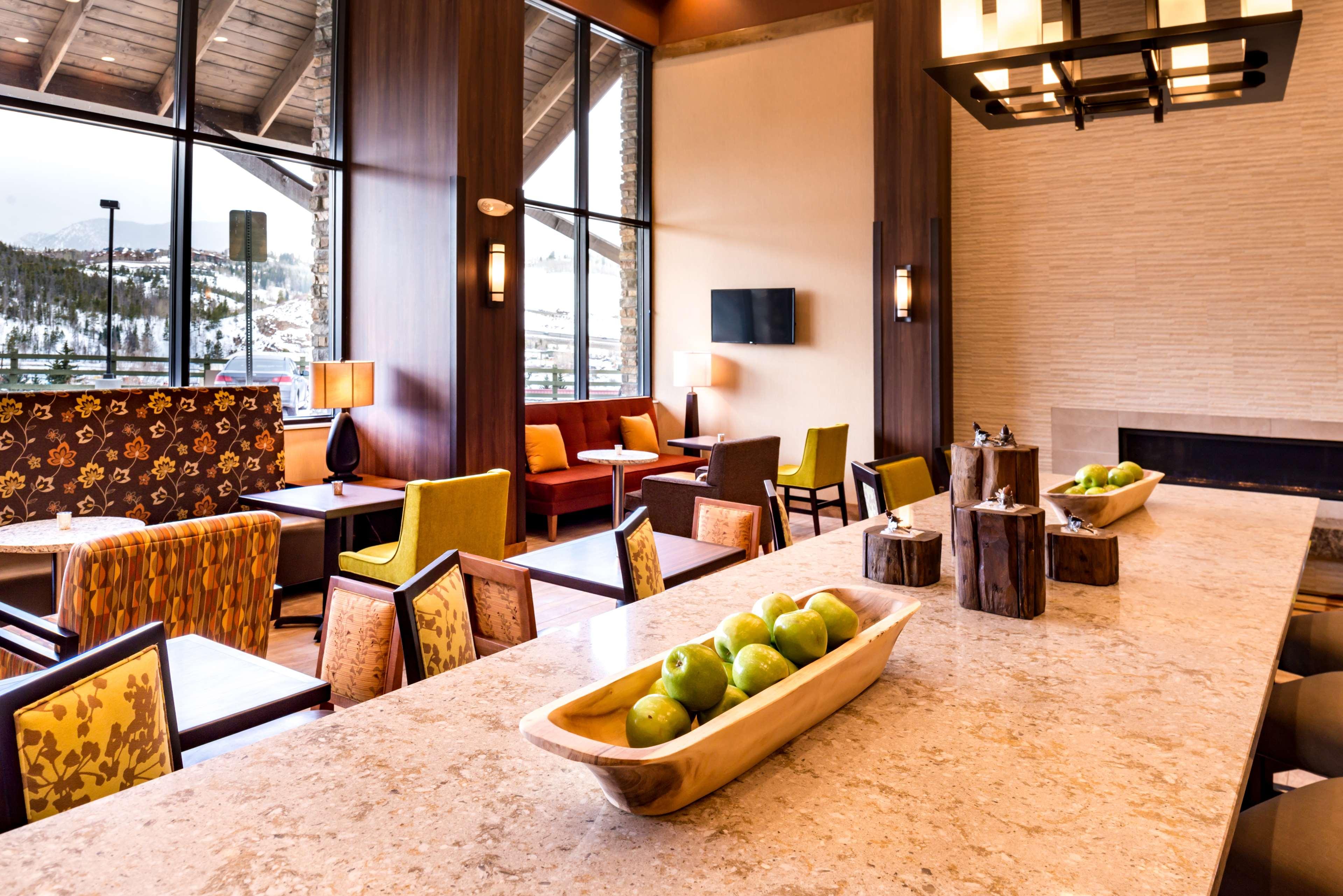 Hampton Inn & Suites Silverthorne image 10