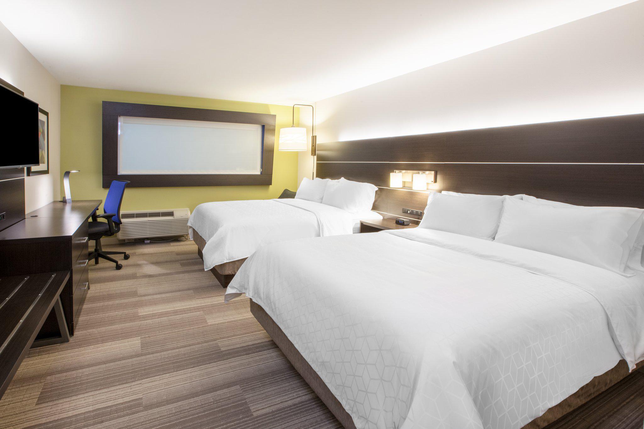 Holiday Inn Express & Suites Edmonton N - St. Albert, an IHG Hotel