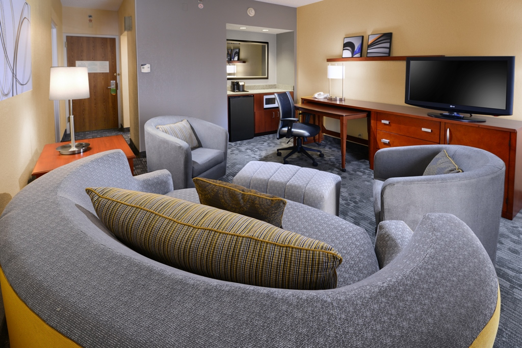 Courtyard by Marriott Oklahoma City Airport image 12