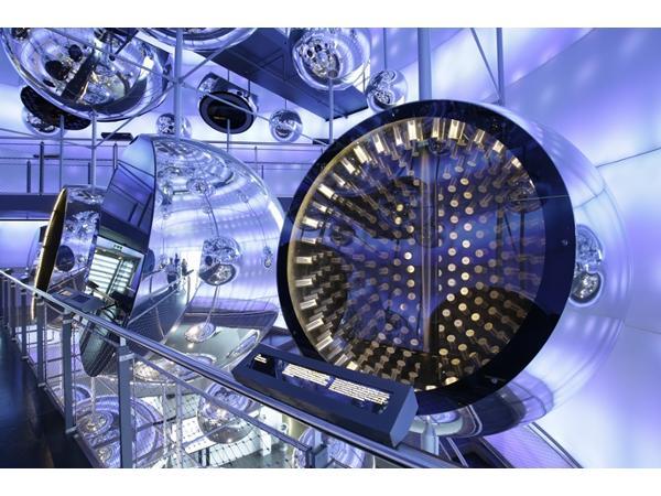 voestalpine Stahlwelt  - Stahl, der Werkstoff der unendlichen Möglichkeiten! Die Ausstellungsräumlichkeiten beeindrucken durch Licht- und Klangeffekte der besondern Art-