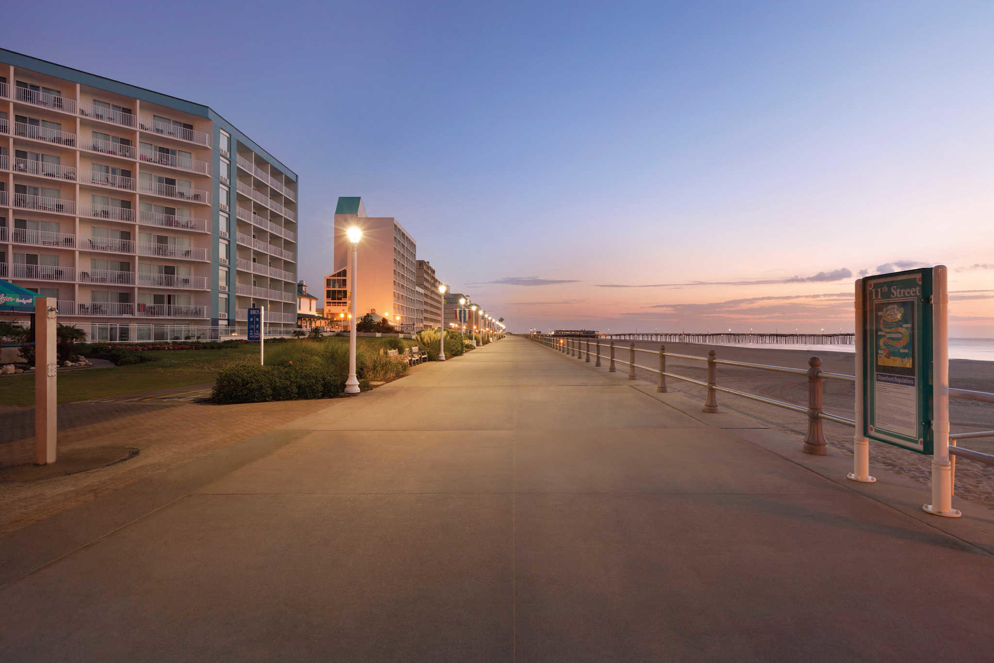Surfbreak Oceanfront Hotel, an Ascend Hotel Collection Member image 0